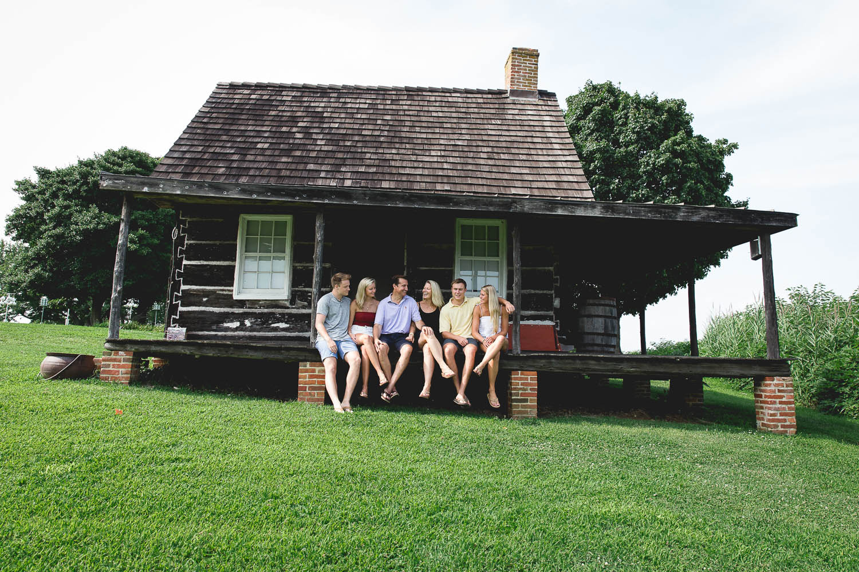 Swanson-family-2018-3-ss.jpg