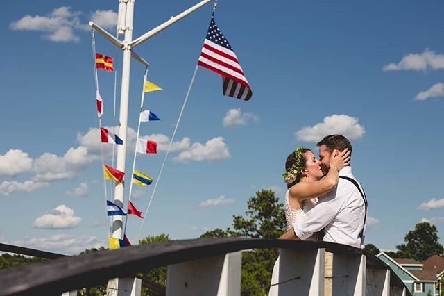 On what I am sure was the most beautiful day we've had all year in Maryland, I had the honor of photographing this adorable couple's wedding yesterday @havenharbourmarinas.  Congratulations Aubrie and Ryan!