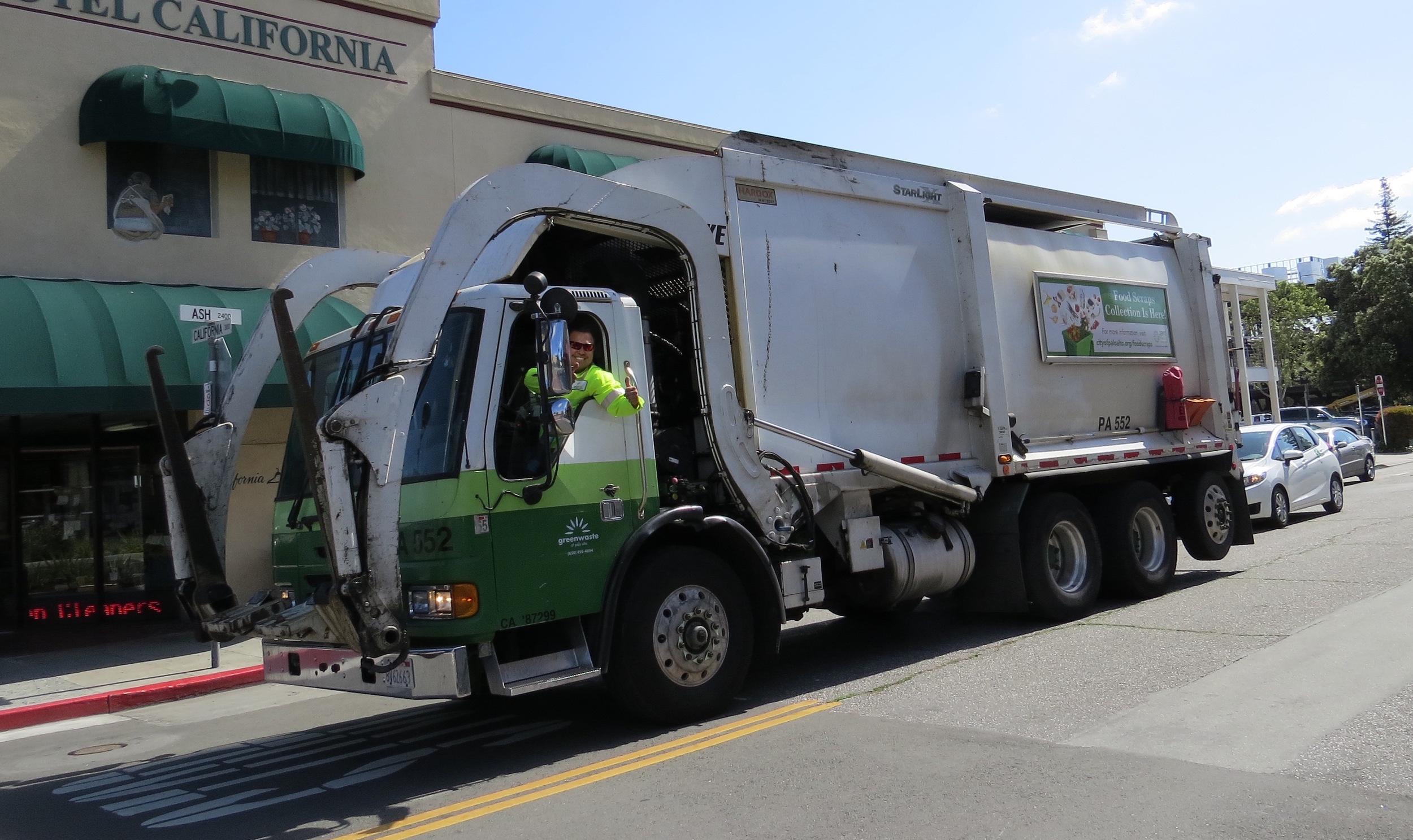 pa garbage truck.jpg