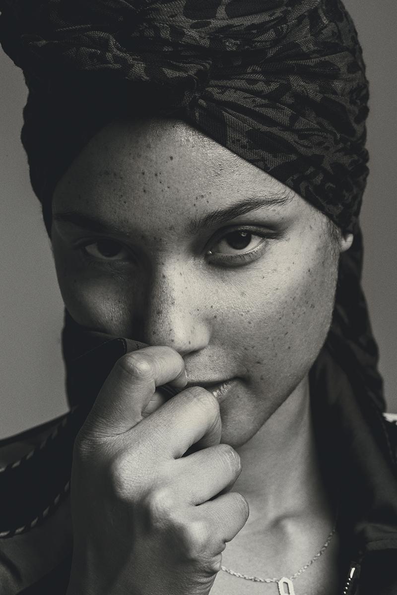 Alicia-Keys-Inside-1.jpg