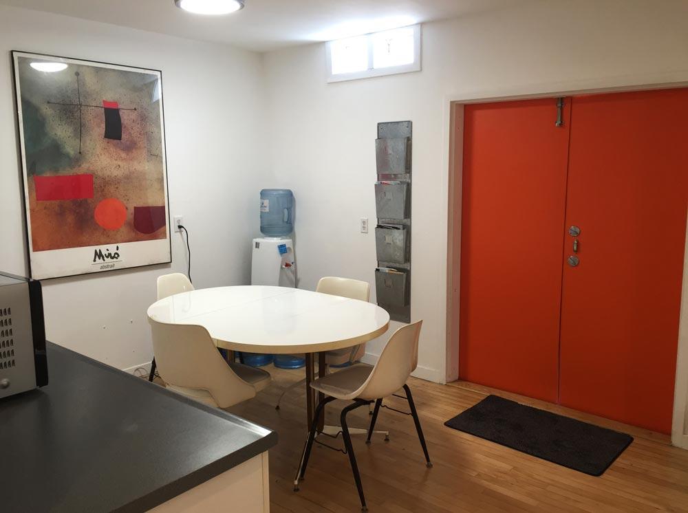 Kitchen-Table-1000x746.jpg