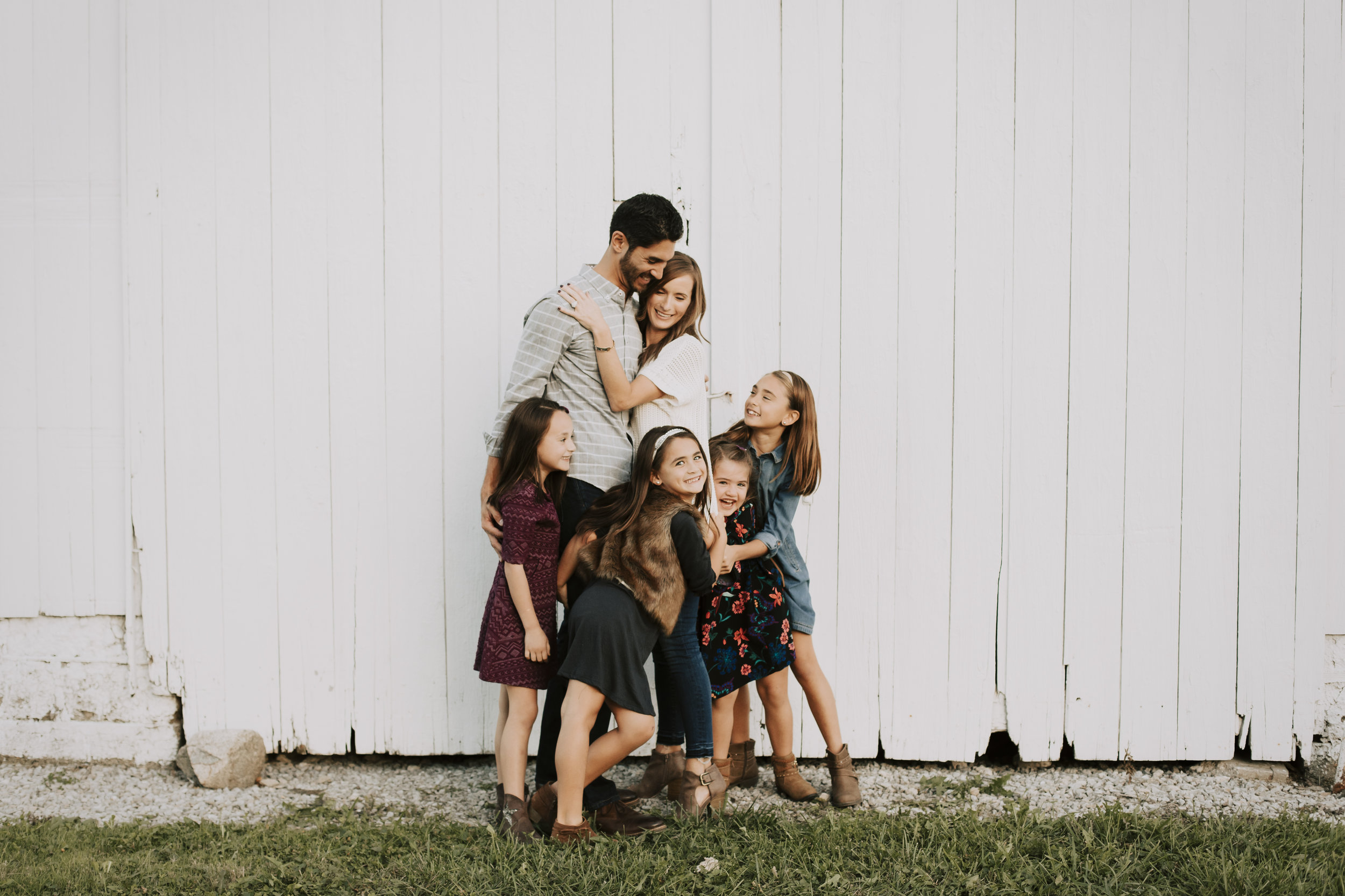 FAMILY - • $400• 1-1.5 hour session (in-home or outdoor)• 65 edited digital files sent through an online gallery• Personal printing rights