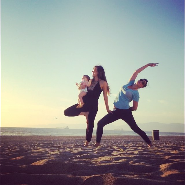 Beach baby yoga time with @irishrebellion  #yogalove #besties #babyyoga #manhattanbeach #babyaurorabelle #beachyoga #sunset