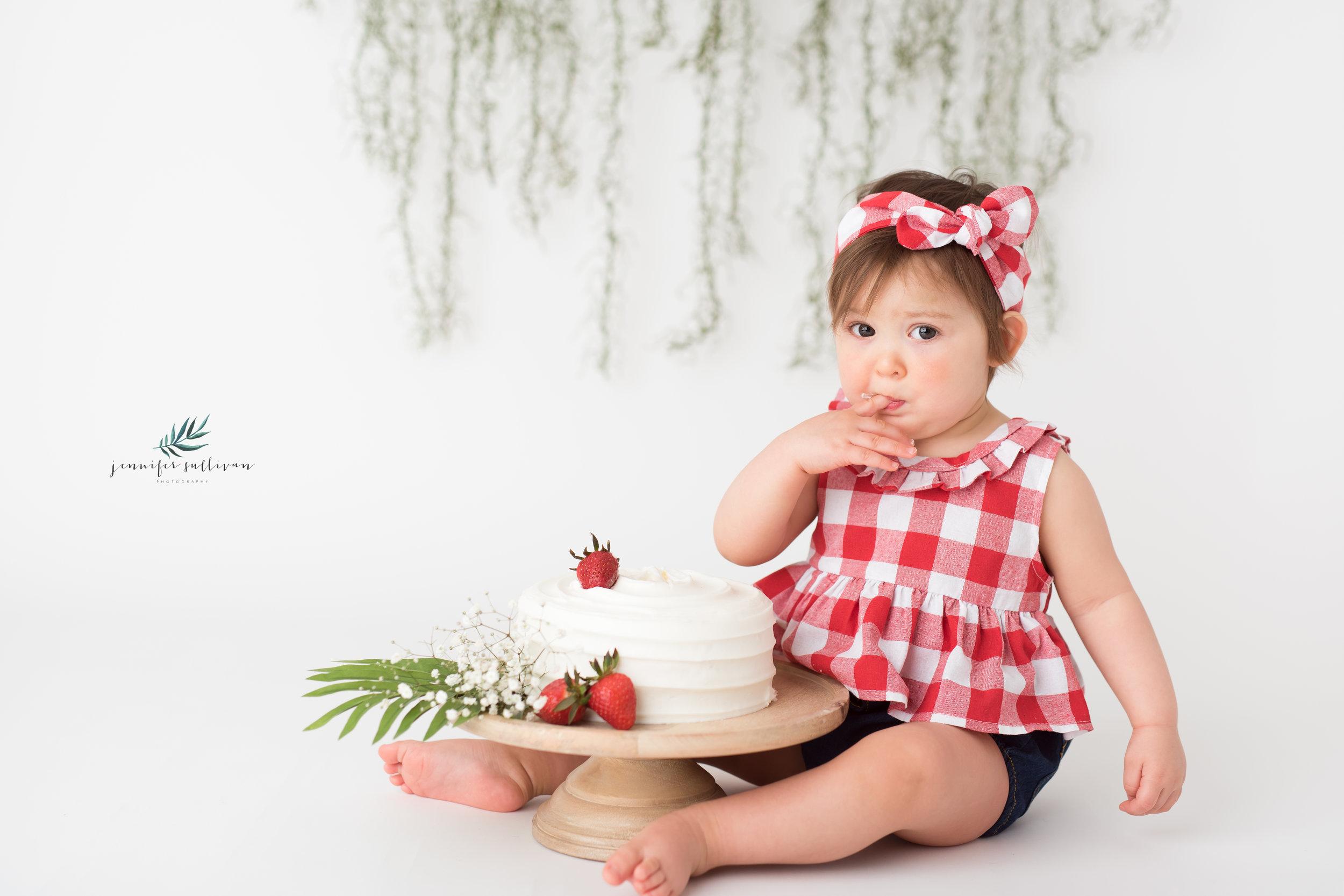 DARTMOUTH PHOTOGRAPHER CAKE-400-2.jpg