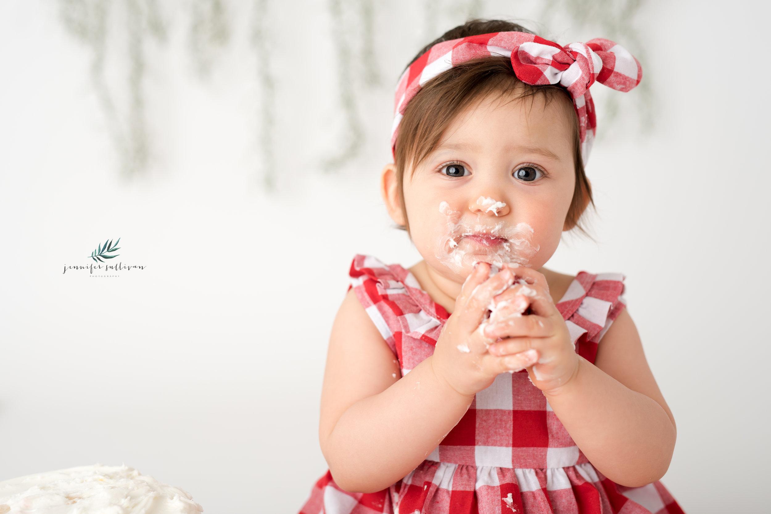 DARTMOUTH PHOTOGRAPHER CAKE-400-3.jpg