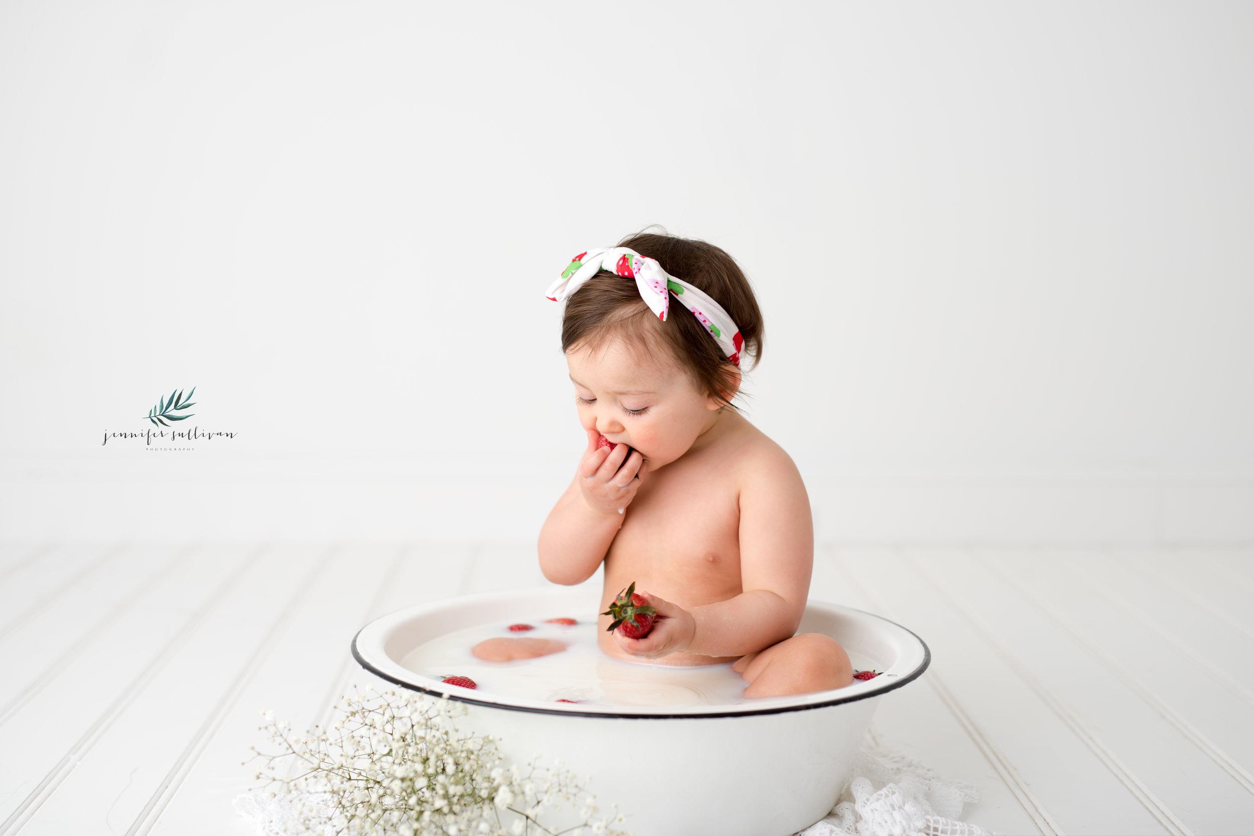 DARTMOUTH PHOTOGRAPHER CAKE-400-7.jpg