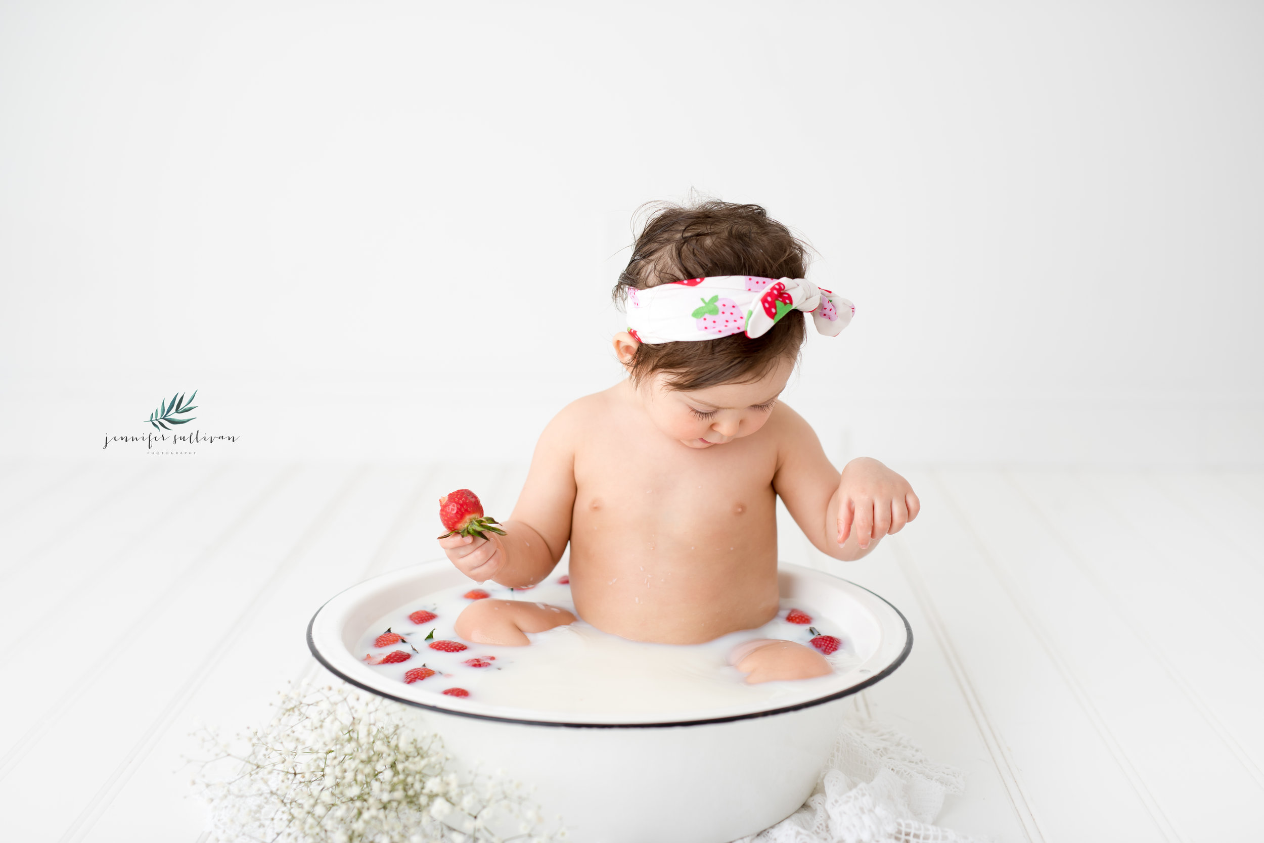 DARTMOUTH PHOTOGRAPHER CAKE-400-8.jpg
