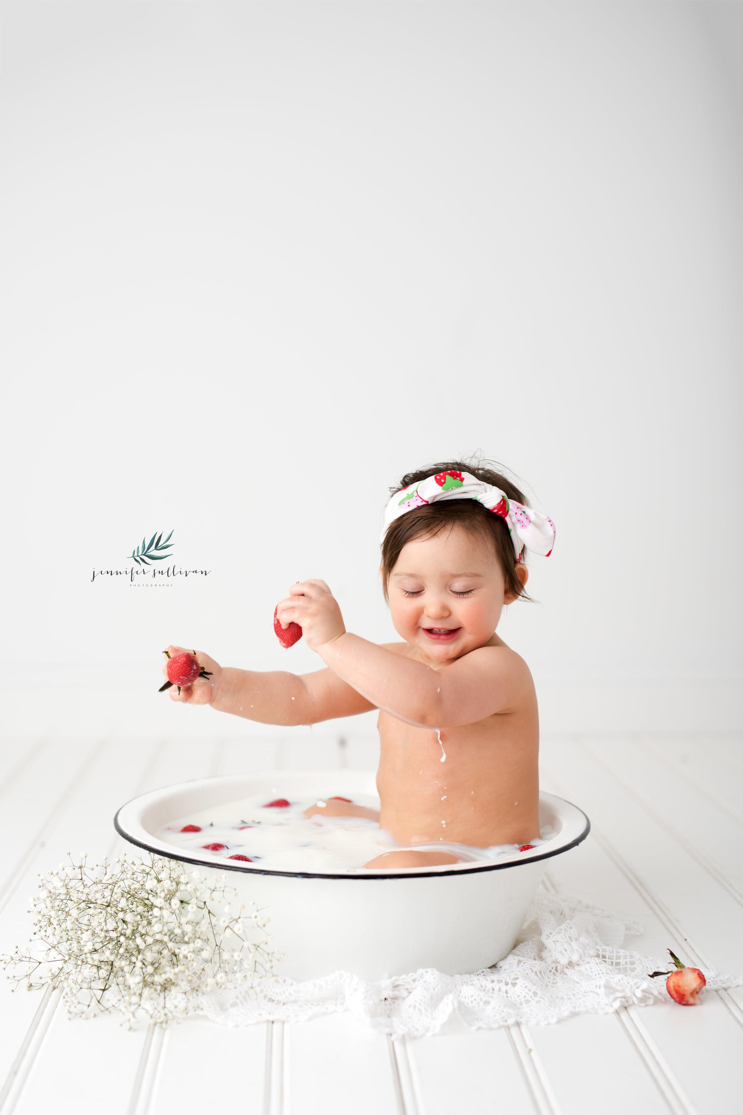 DARTMOUTH PHOTOGRAPHER CAKE-400-13.jpg