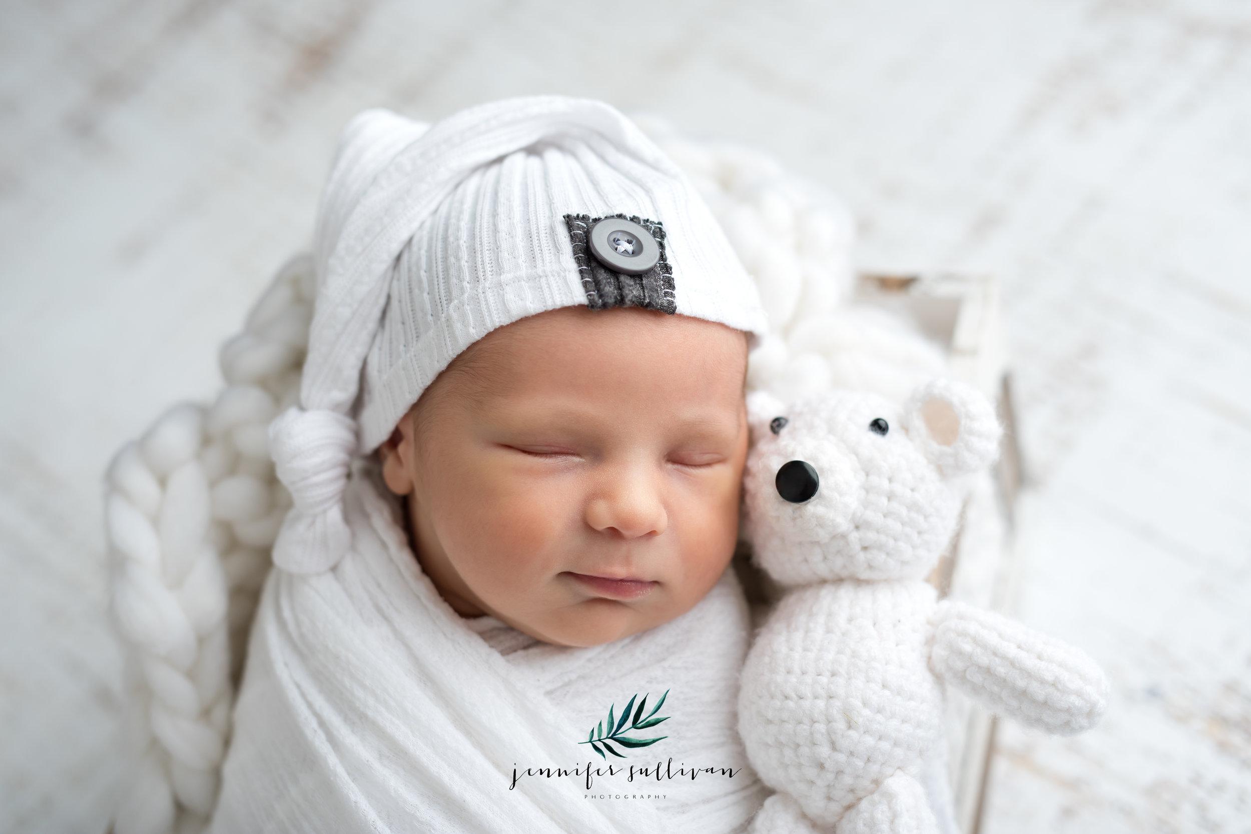 dartmouth newborn baby photographer -400-3.jpg