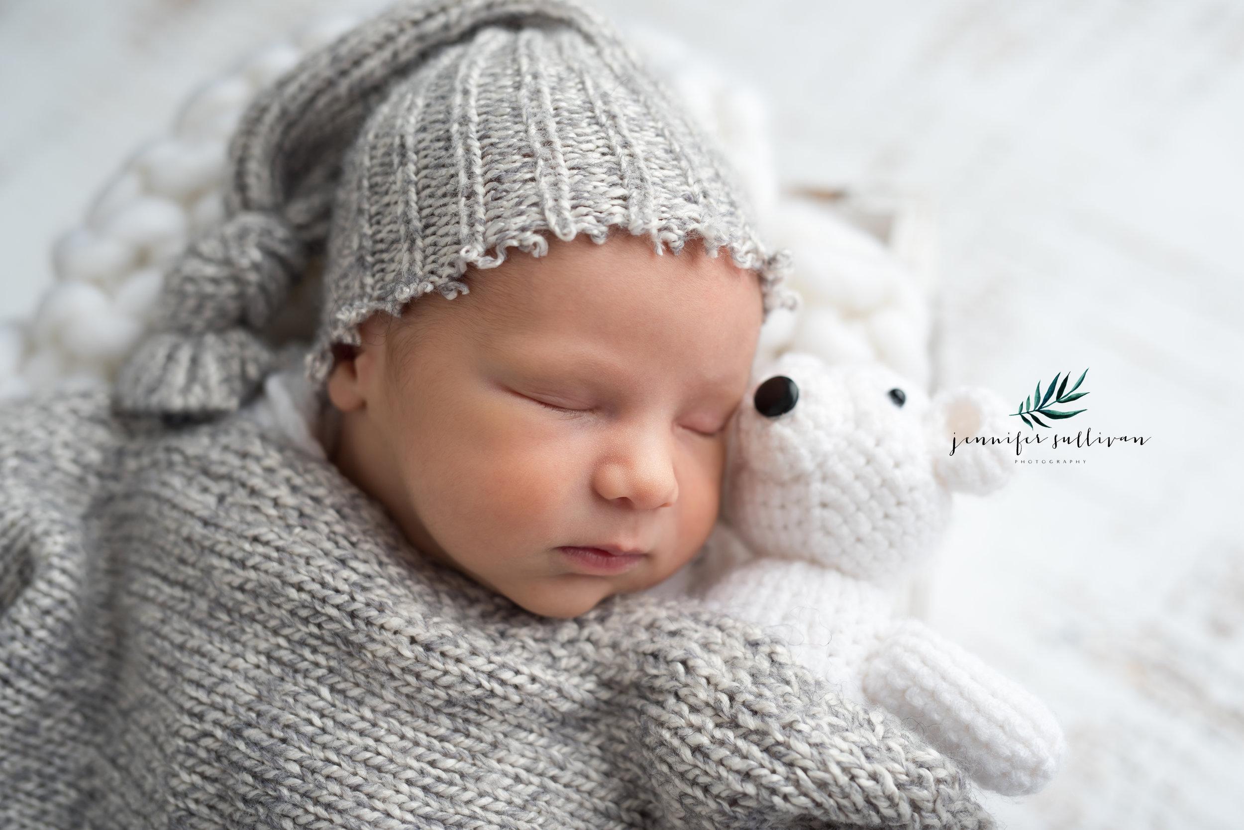 dartmouth newborn baby photographer -400-4.jpg