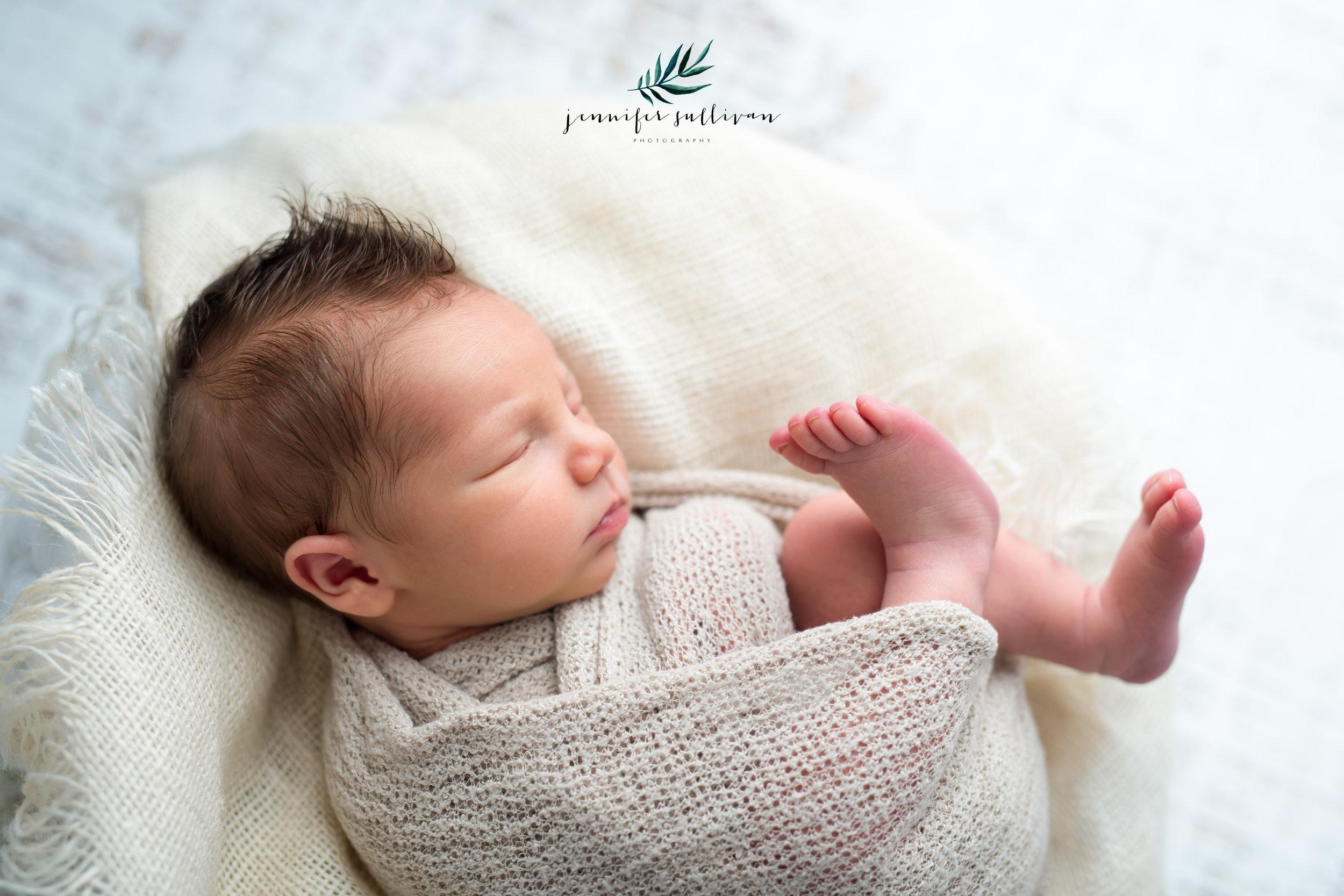 dartmouth massachusetts newborn photographer -400-12.jpg