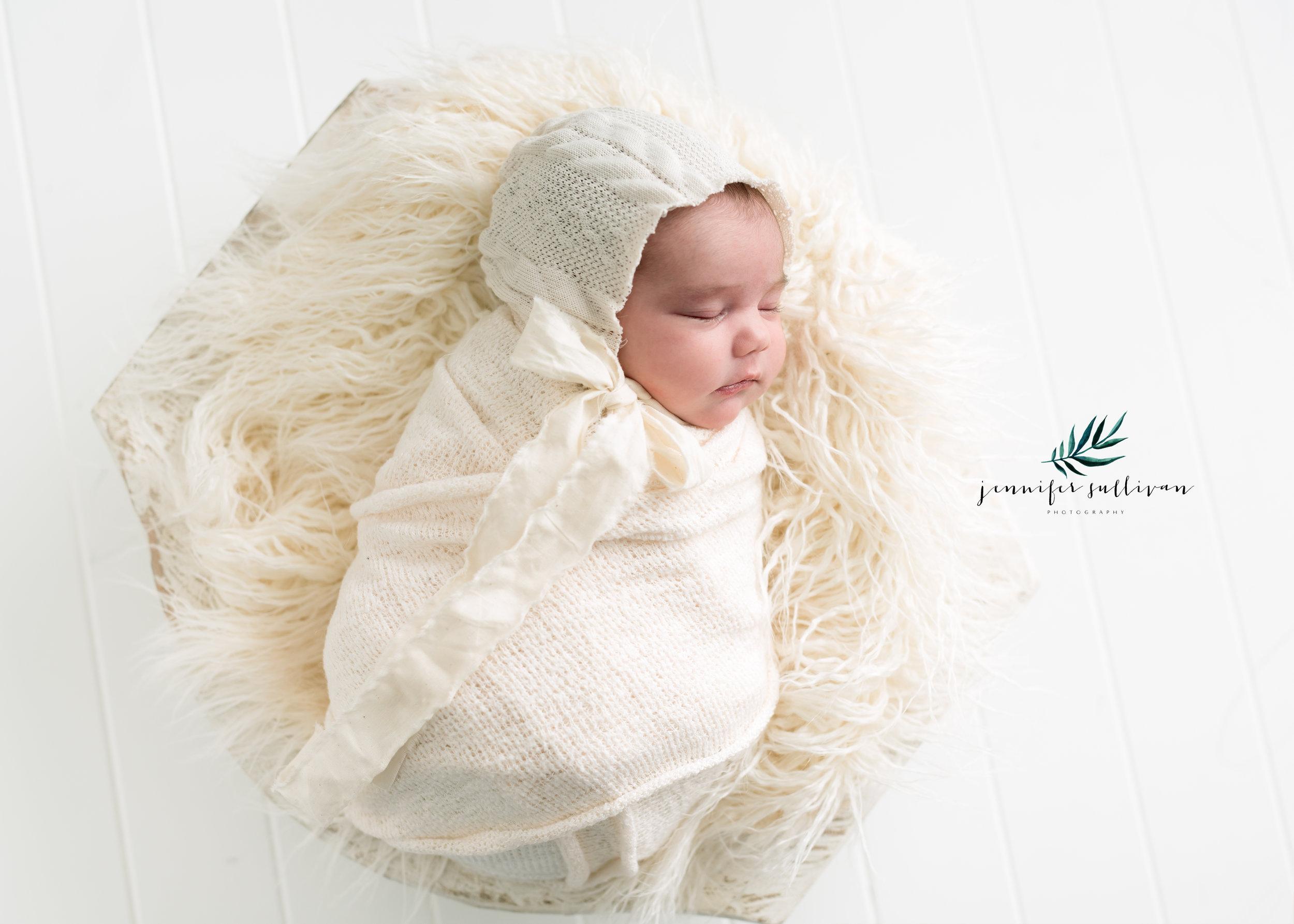 dartmouth massachusetts newborn photographer -400-6.jpg