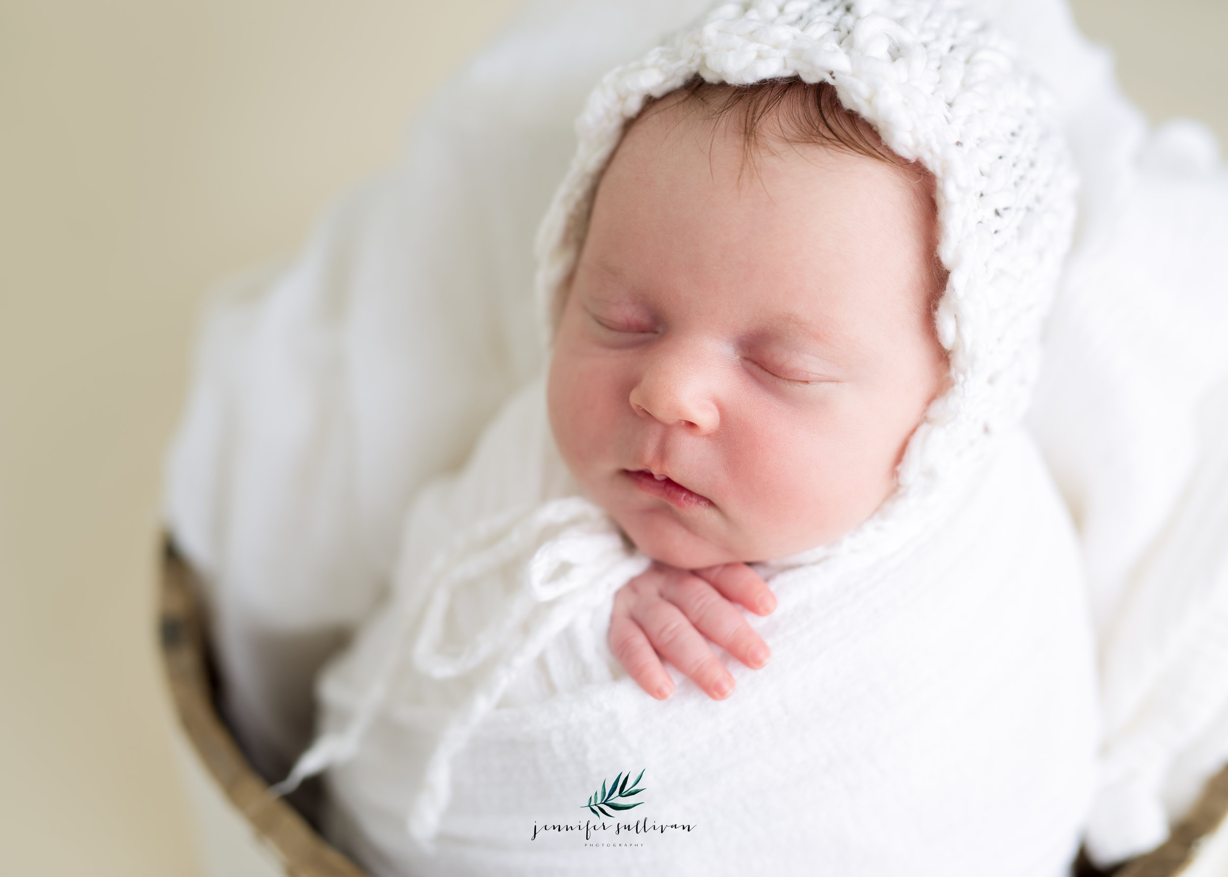 DARTMOUTH  newborn  PHOTOGRAPHER-400-5.jpg