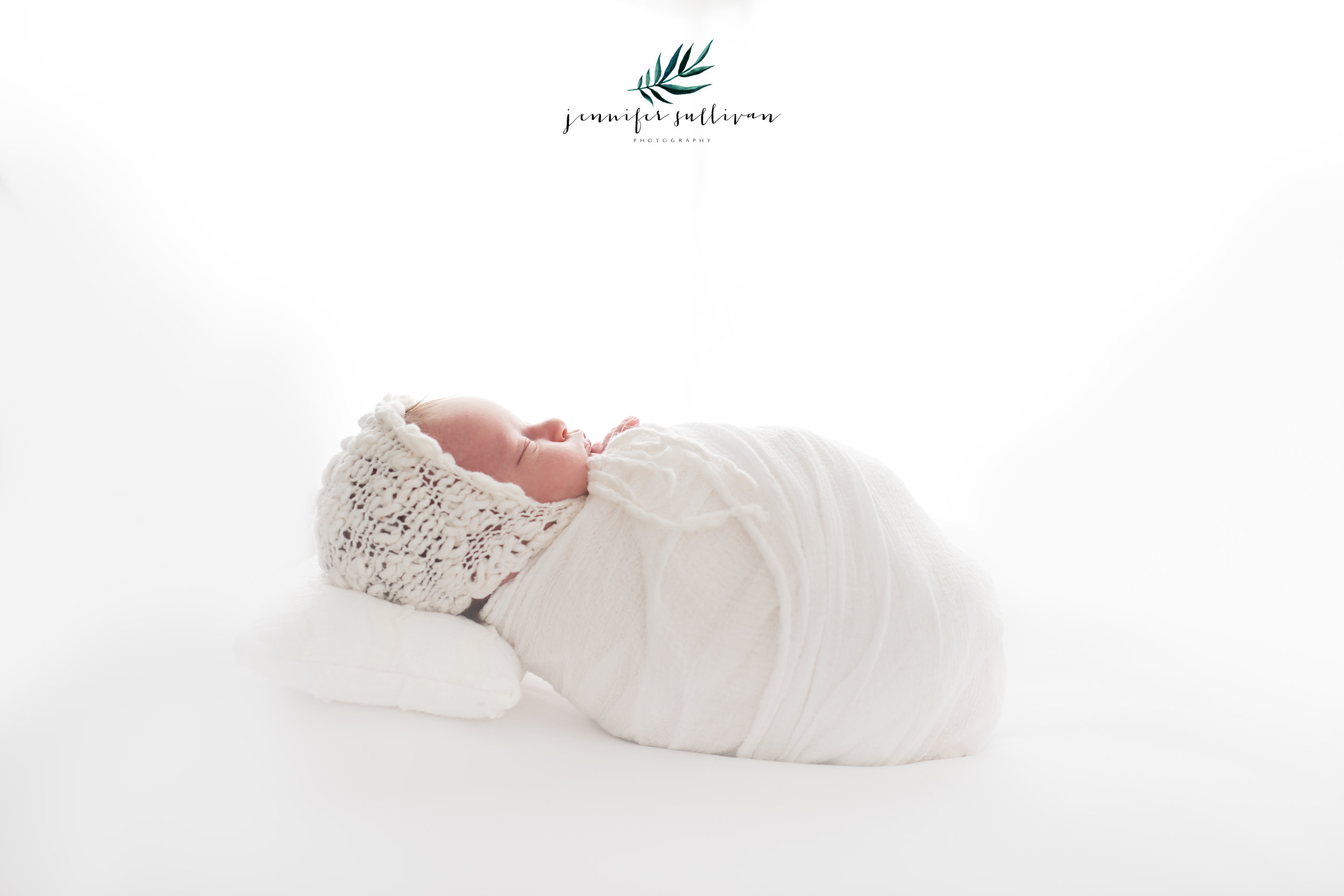 DARTMOUTH  newborn  PHOTOGRAPHER-400-6.jpg