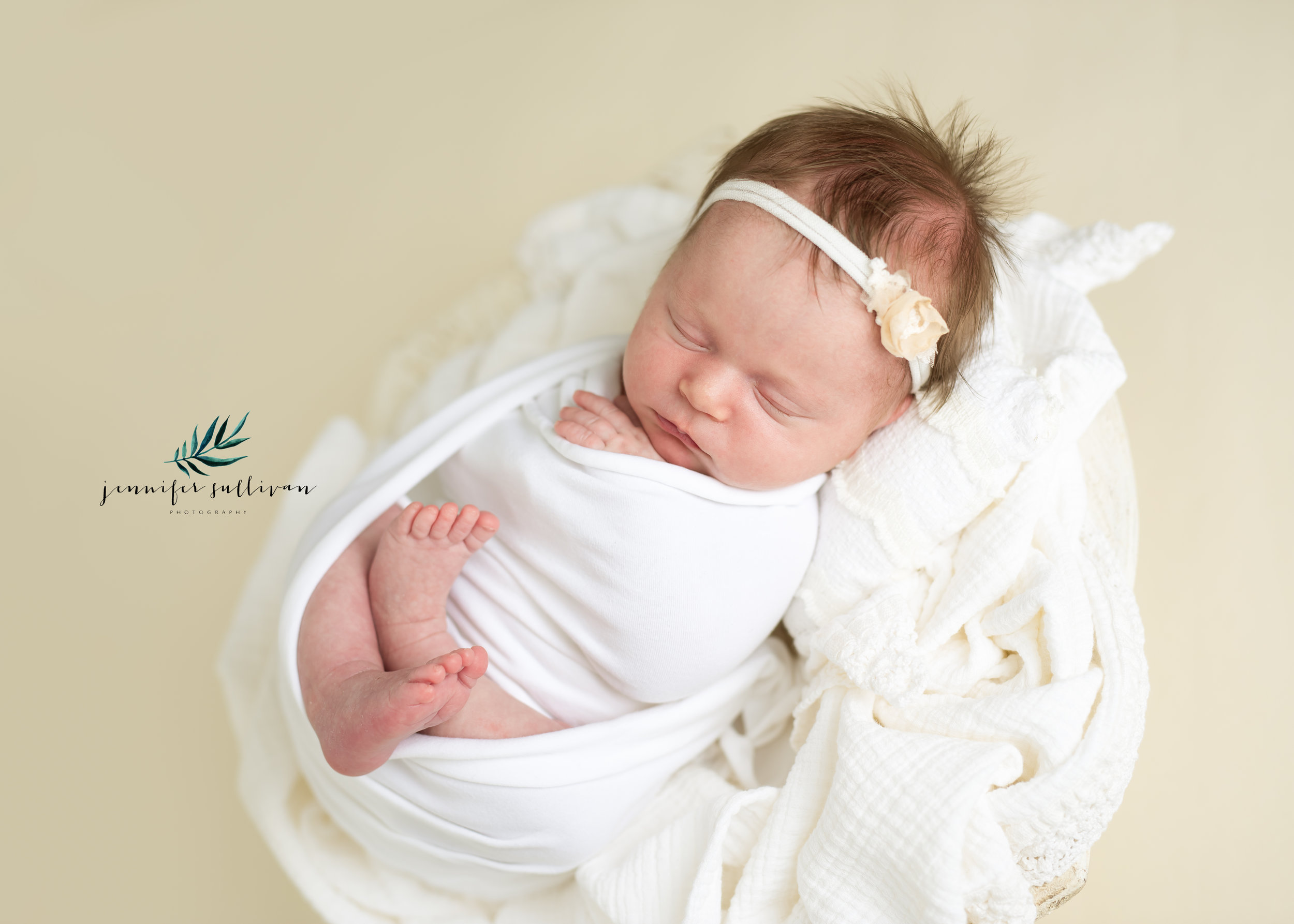 DARTMOUTH  newborn  PHOTOGRAPHER-400-8.jpg