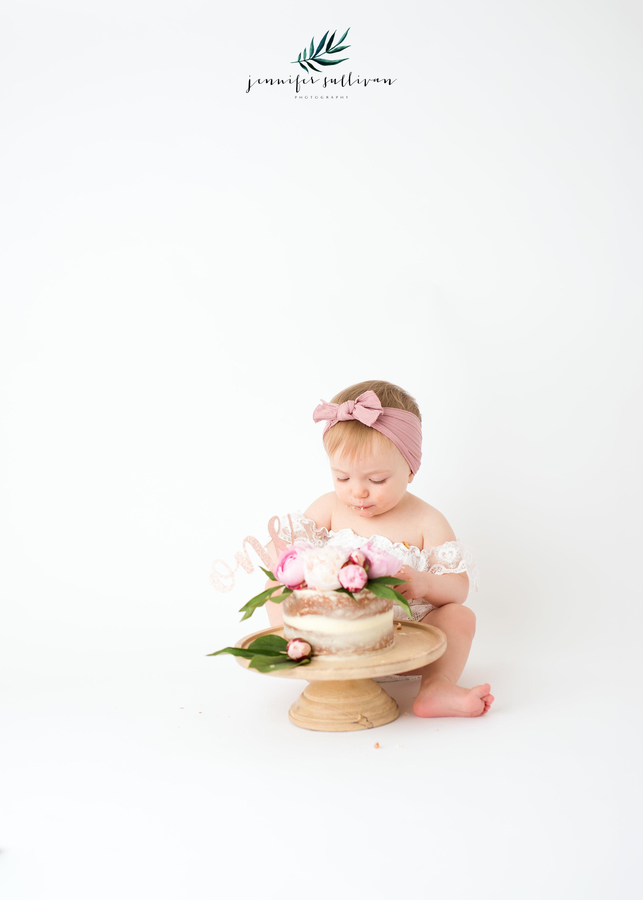 DARTMOUTH BABY  PHOTOGRAPHER-400-7.jpg