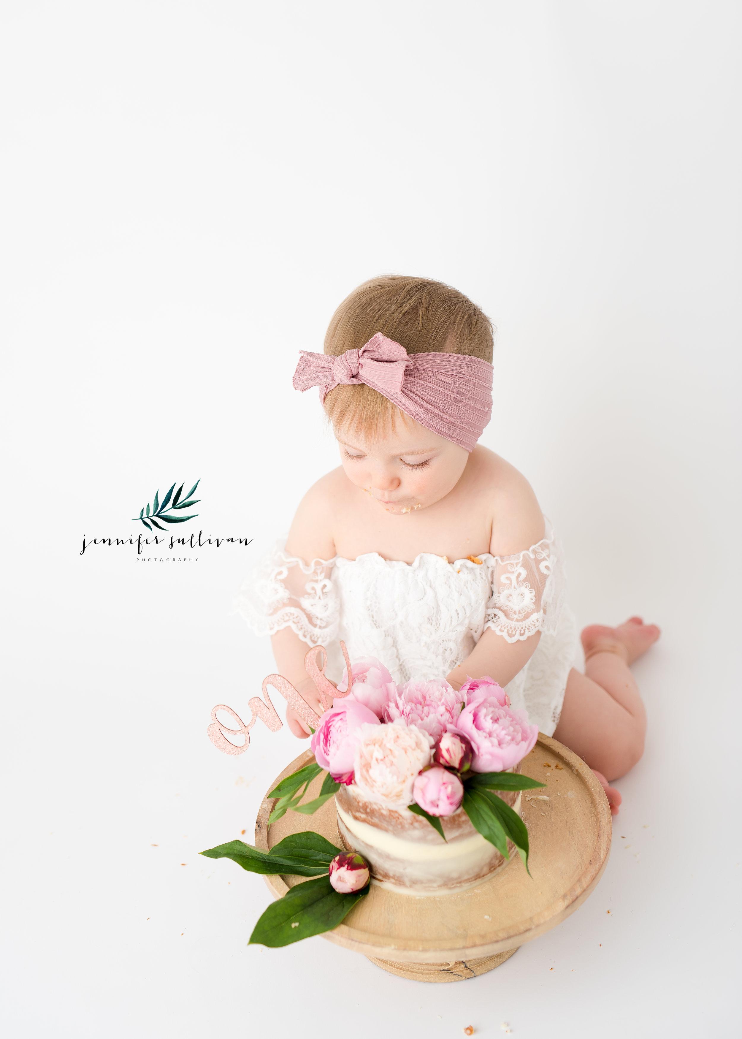DARTMOUTH BABY  PHOTOGRAPHER-400-9.jpg