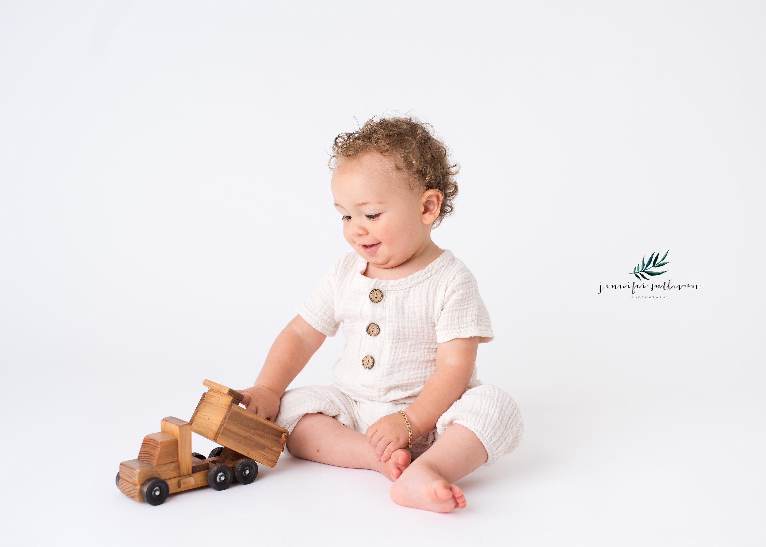DARTMOUTH  BABY cakesmash PHOTOGRAPHER-400-5.jpg