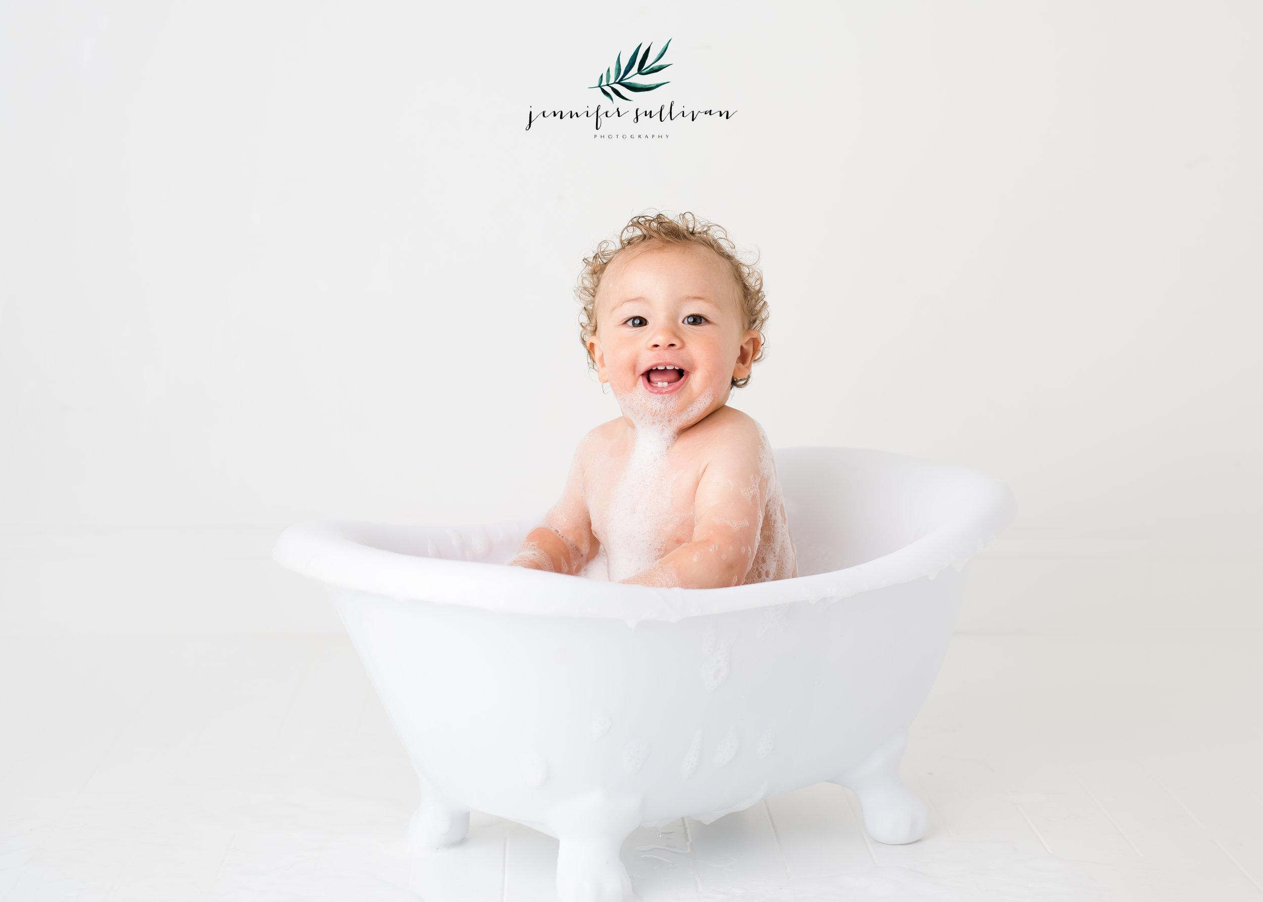 DARTMOUTH  BABY cakesmash PHOTOGRAPHER-400-17.jpg