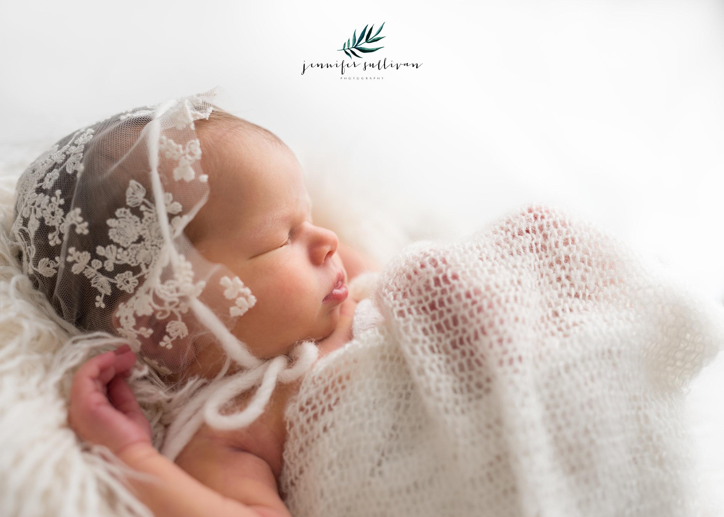 DARTMOUTH newborn PHOTOGRAPHER-400-13.jpg
