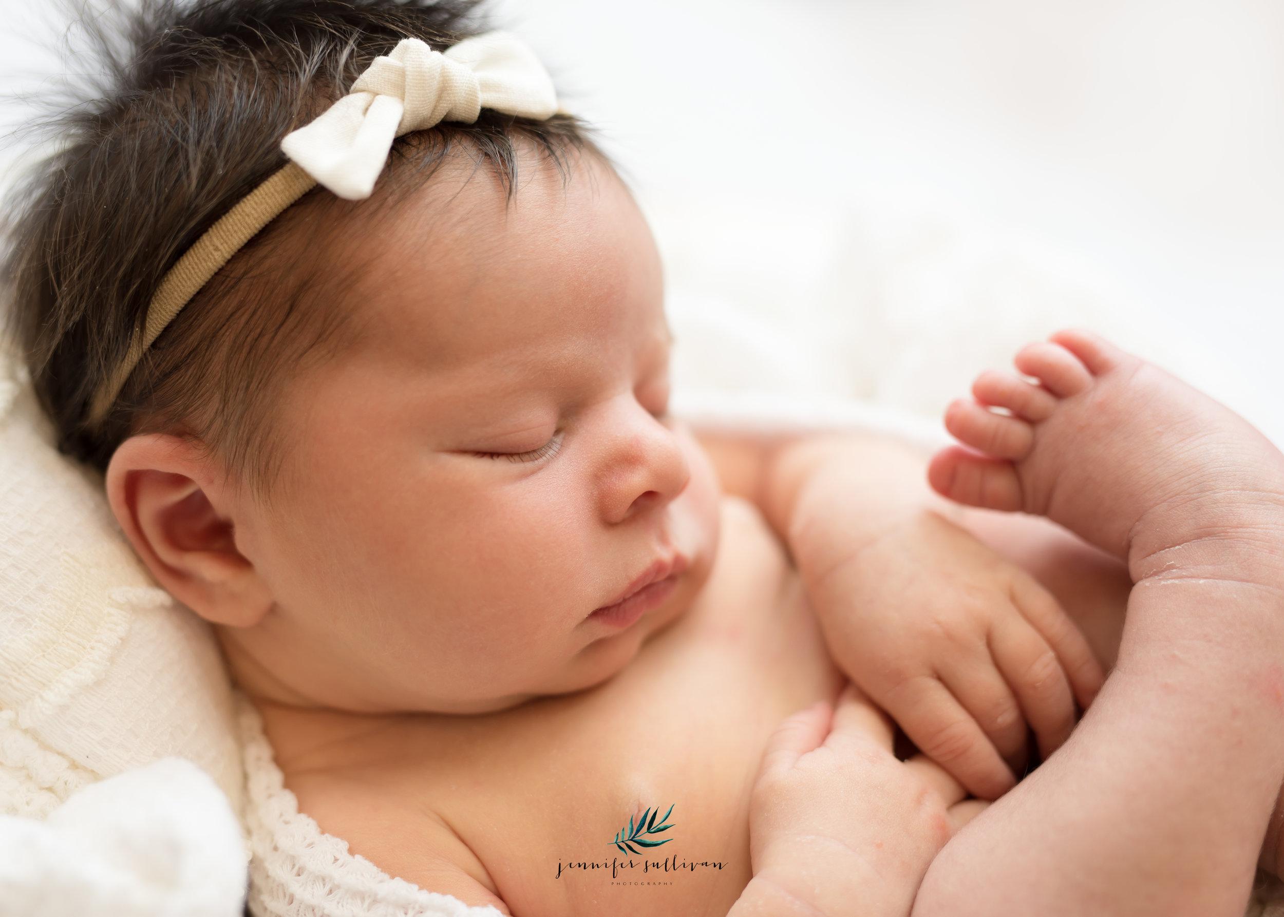 DARTMOUTH-newborn-baby-PHOTOGRAPHER- -400-11.jpg