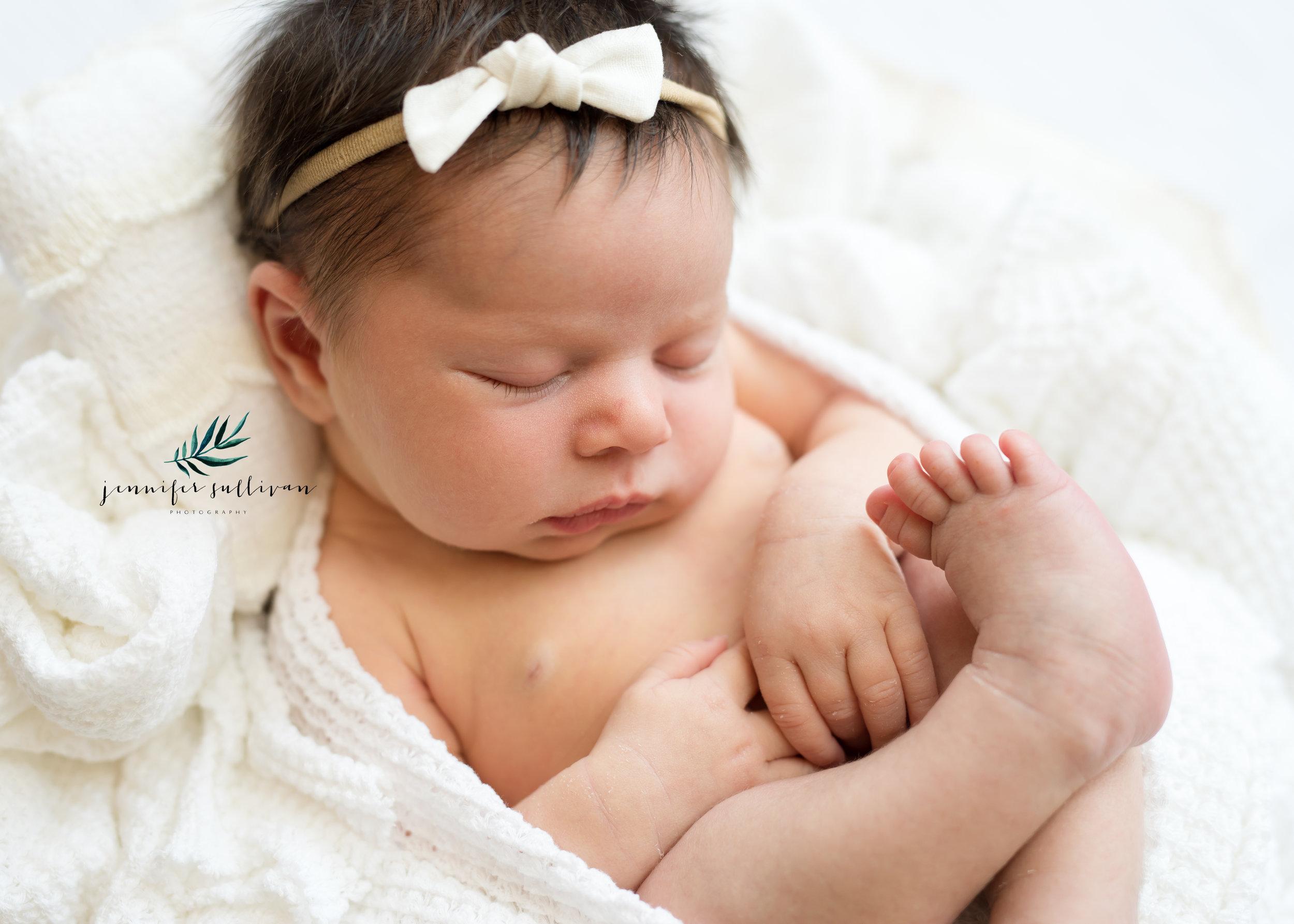 DARTMOUTH-newborn-baby-PHOTOGRAPHER- -400-12.jpg