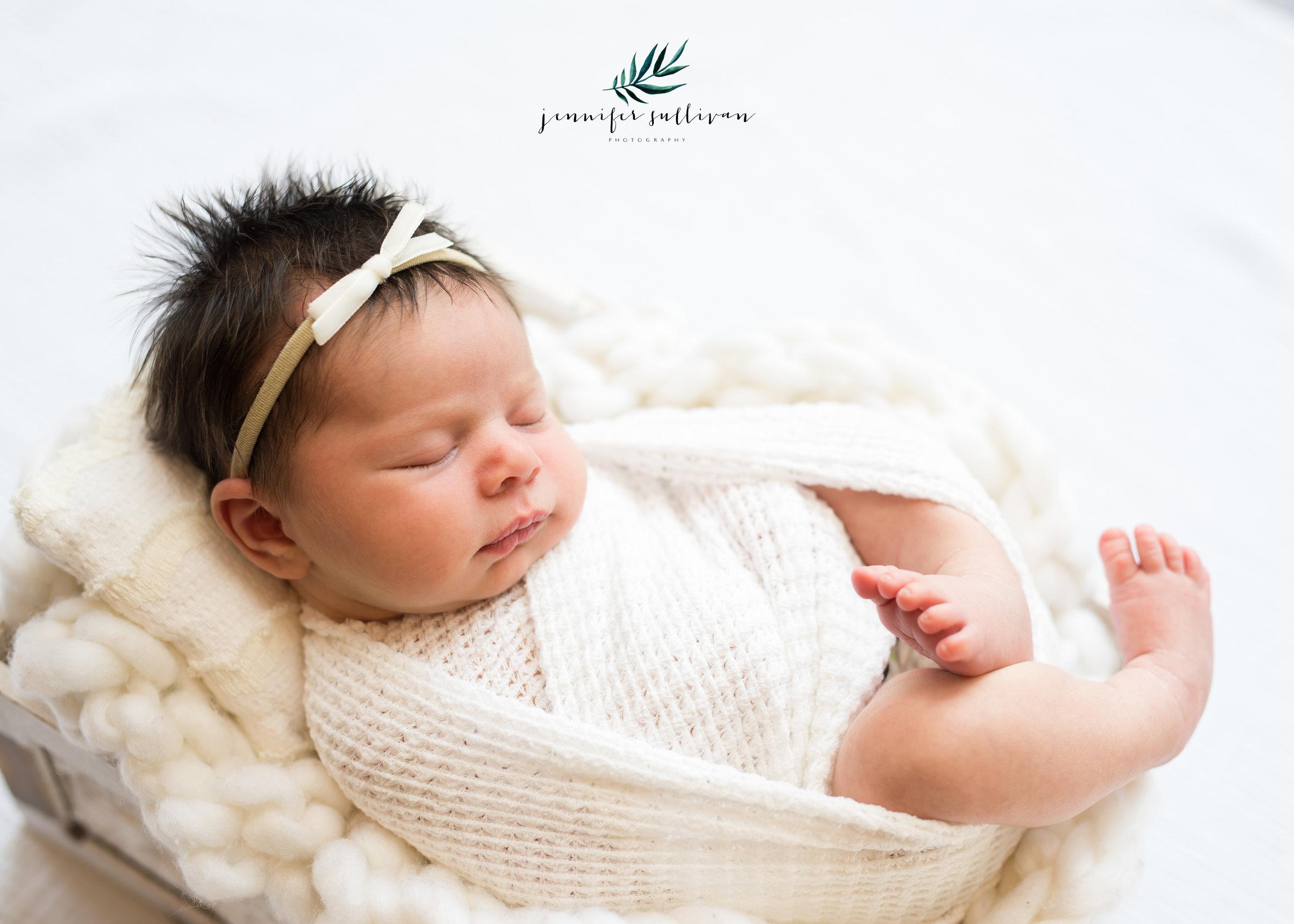 DARTMOUTH-newborn-baby-PHOTOGRAPHER- -400-14.jpg