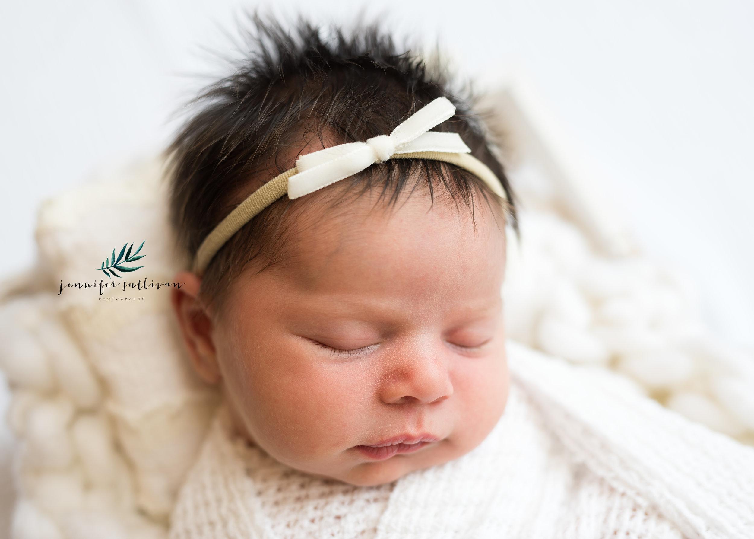 DARTMOUTH-newborn-baby-PHOTOGRAPHER- -400-15.jpg