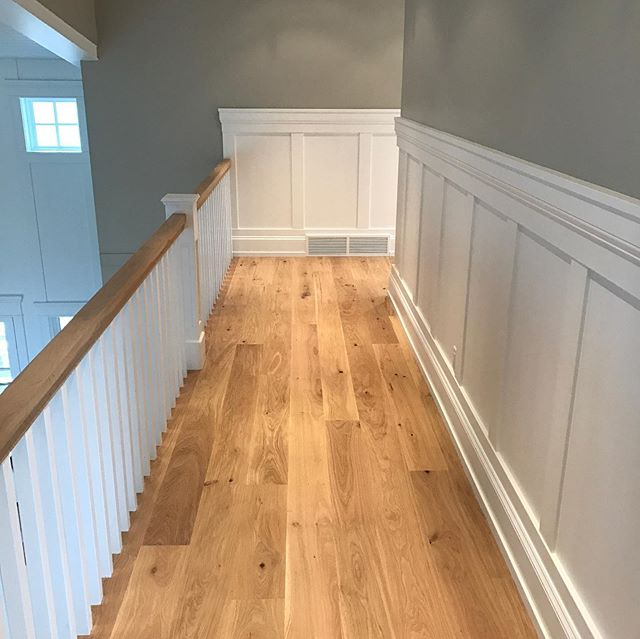 Site finished European white oak. 10' lengths.. Not many flooring contractors out there doing nice site finished work... Just sayin' 💁‍♂️
