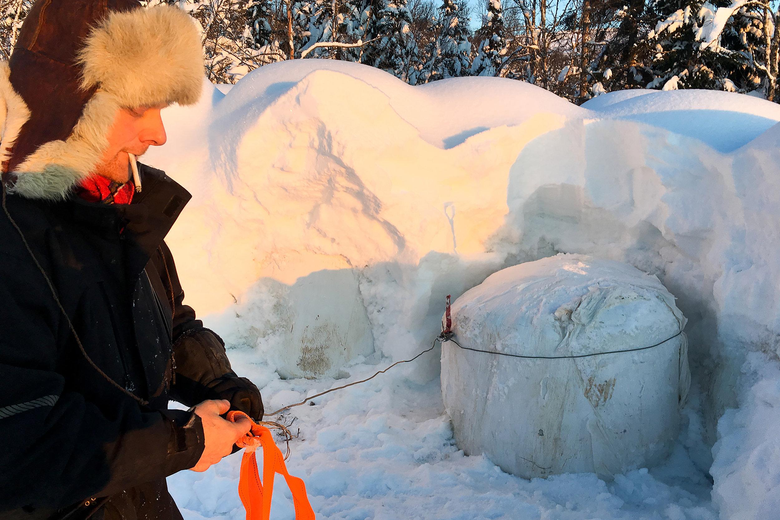 Reiulf Aleksandersen working on property