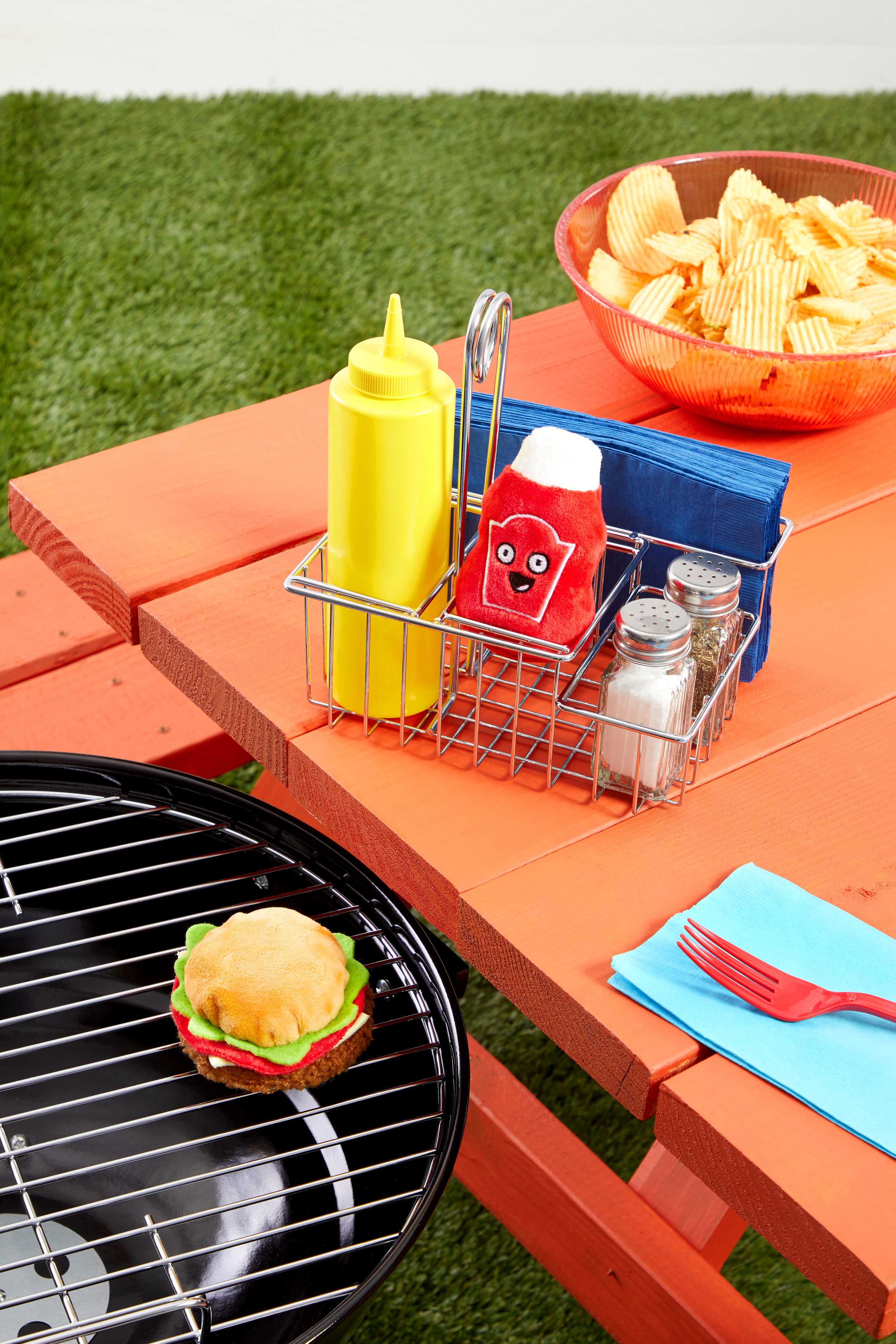 RETAIL COOKOUT-BURGER-KETCHUP STYLED-PRODUCT 0030.jpg