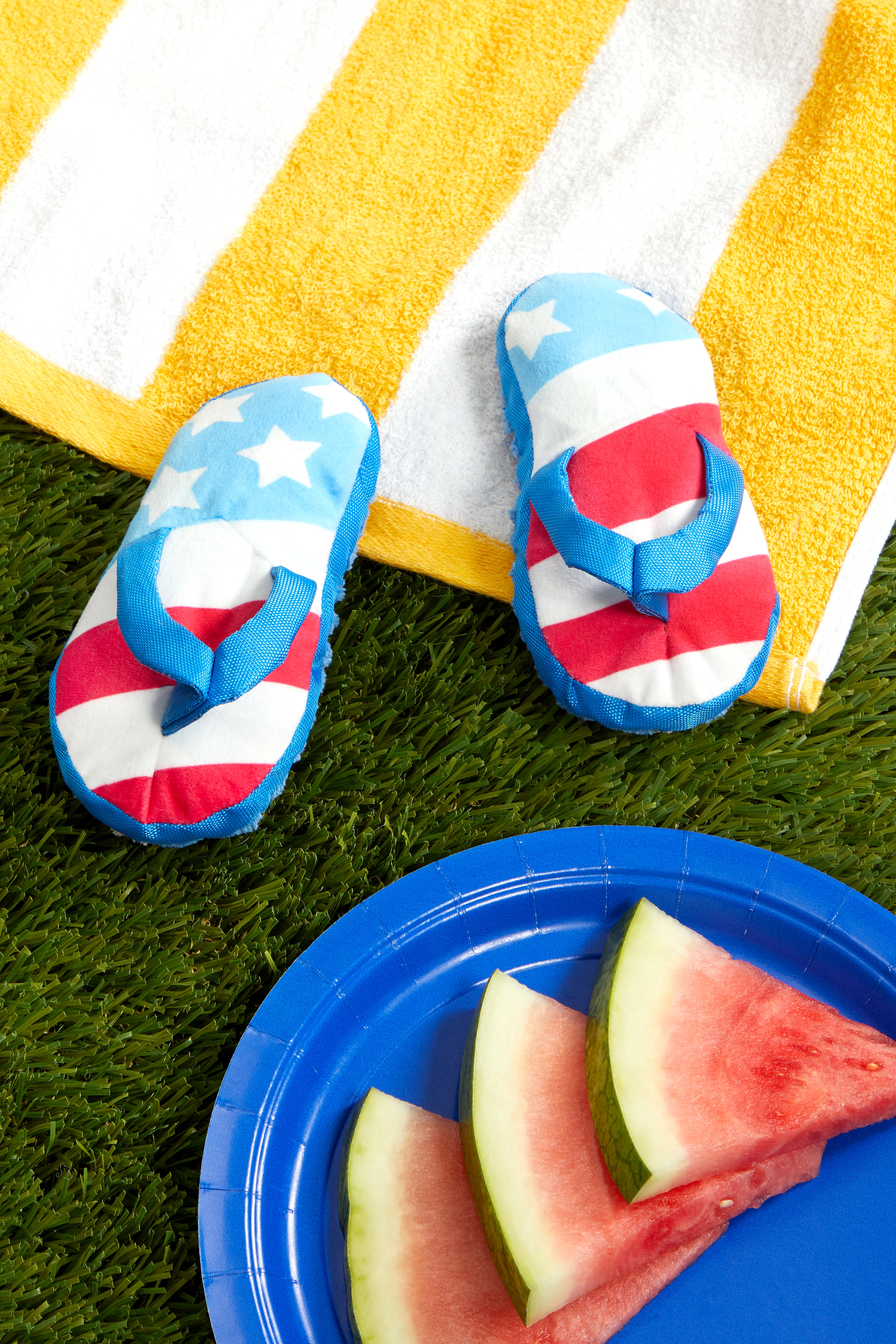 RETAIL FREEDOM-FLIP-FLOPS STYLED-PRODUCT 0437.jpg