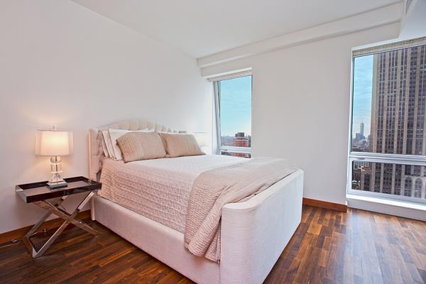 400 Fifth Ave - Bedroom.jpg