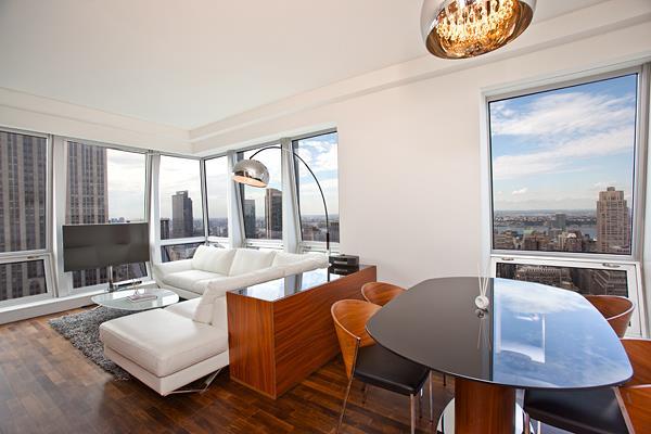 400 Fifth Ave - Living room.jpg