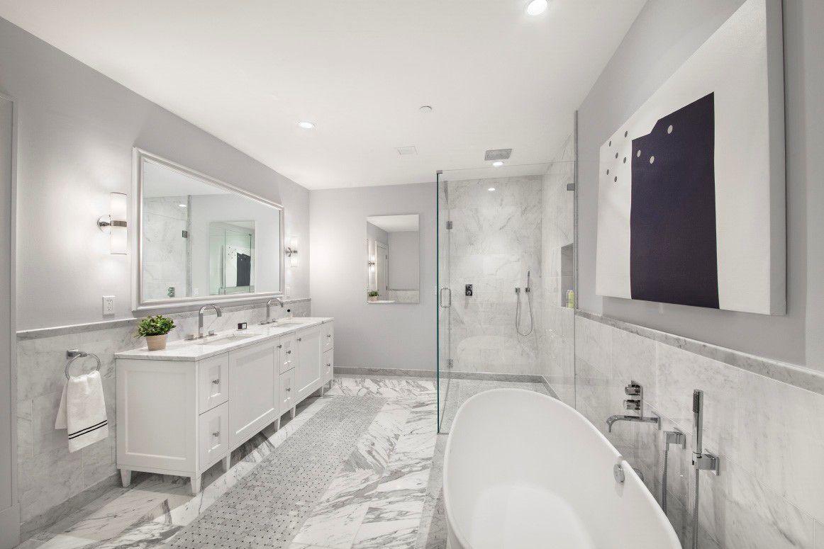 272 West 86 - Bathroom.jpg