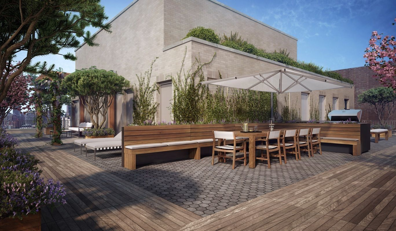 207 W 79 - Rooftop Deck.jpg