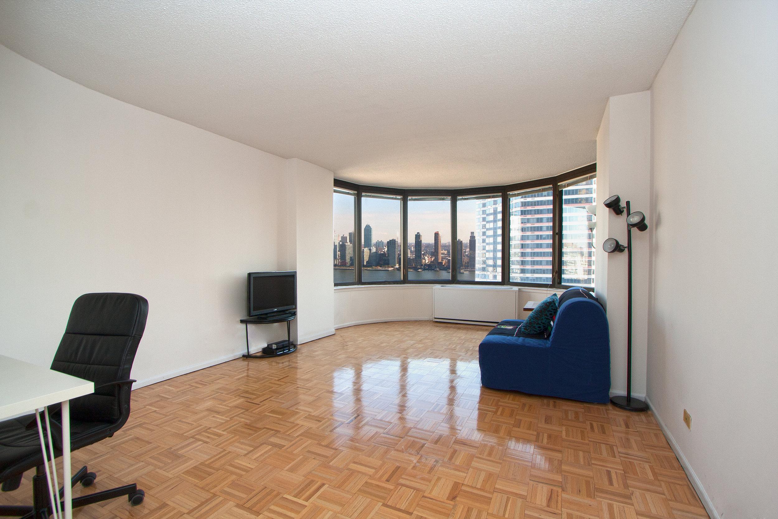 East_38th_Street_330_38M_Living_Room_.jpg