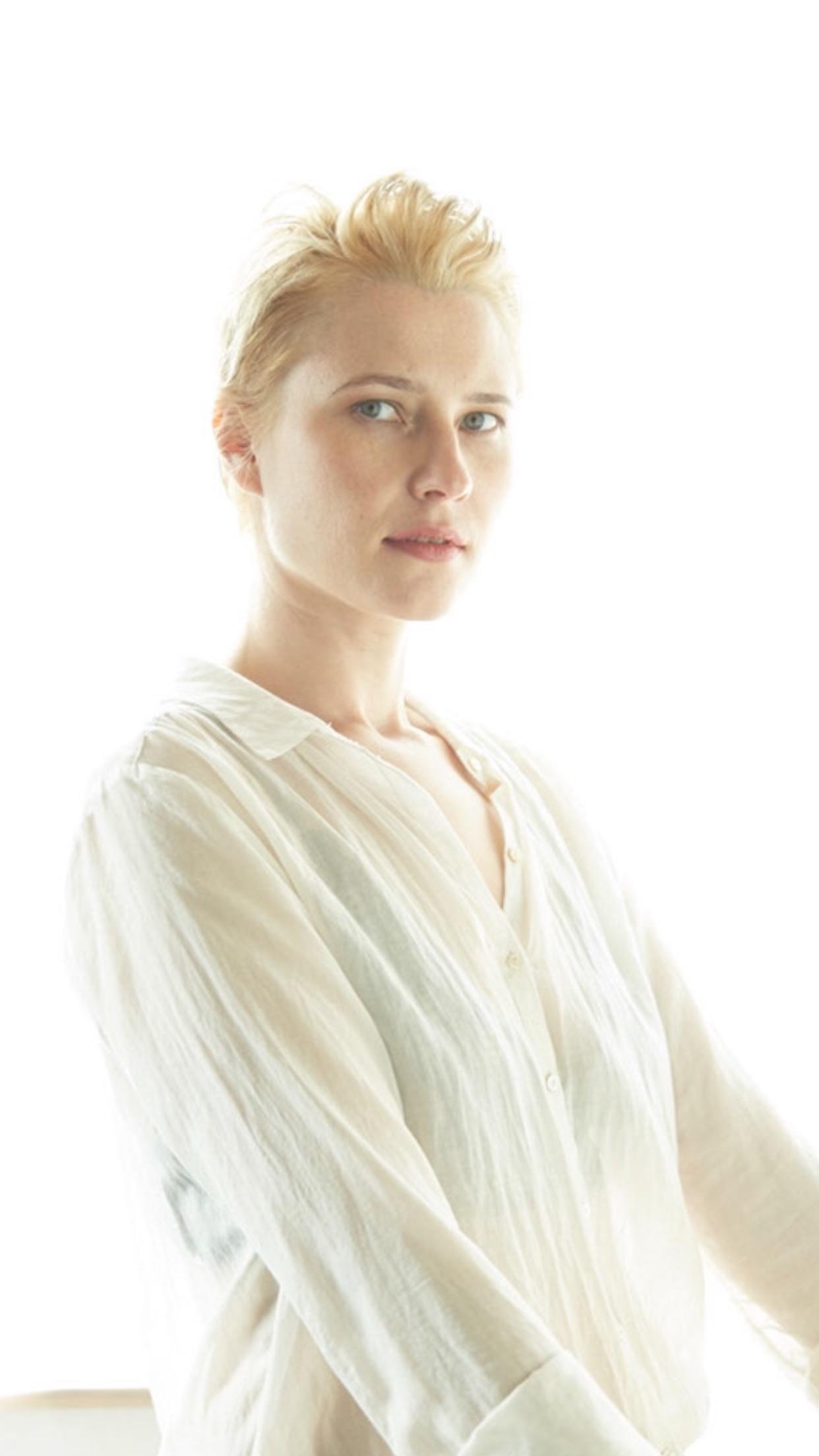 - A classic and elegant photo of Maria