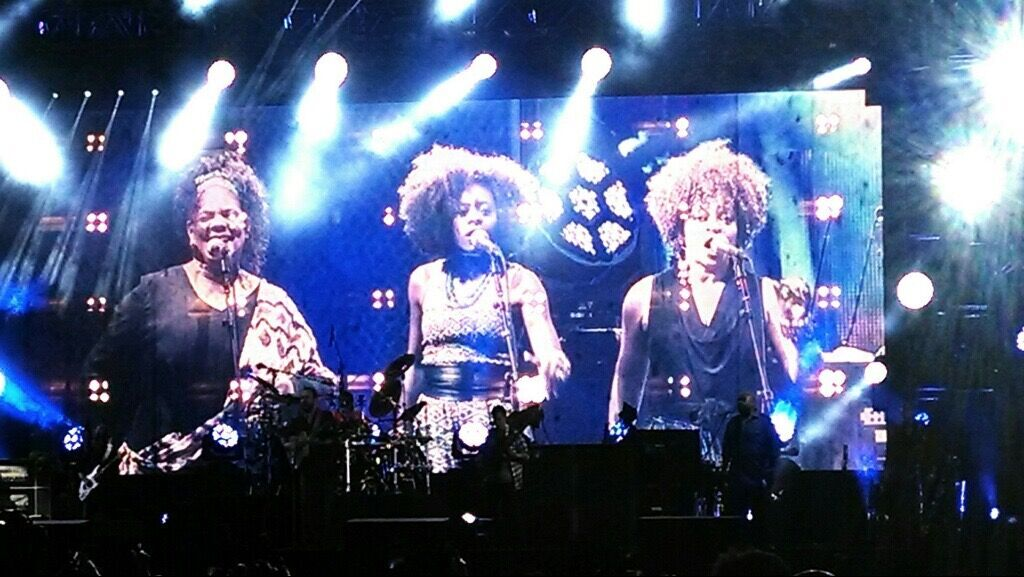 The Lovely Ladies of The Dave Matthews Band Summer Tour 2014