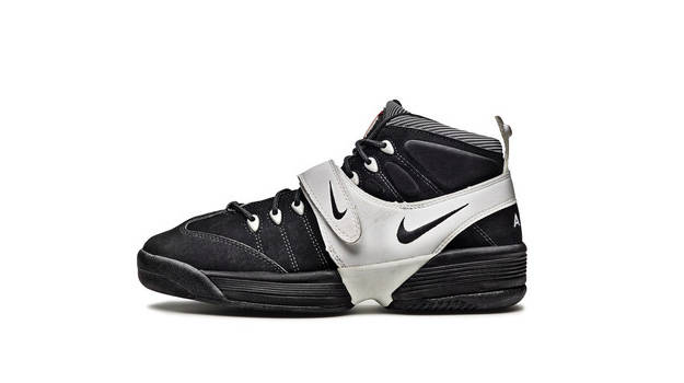 The first model of Nike Air Swoopes from 1996. Image from www.complex.com.