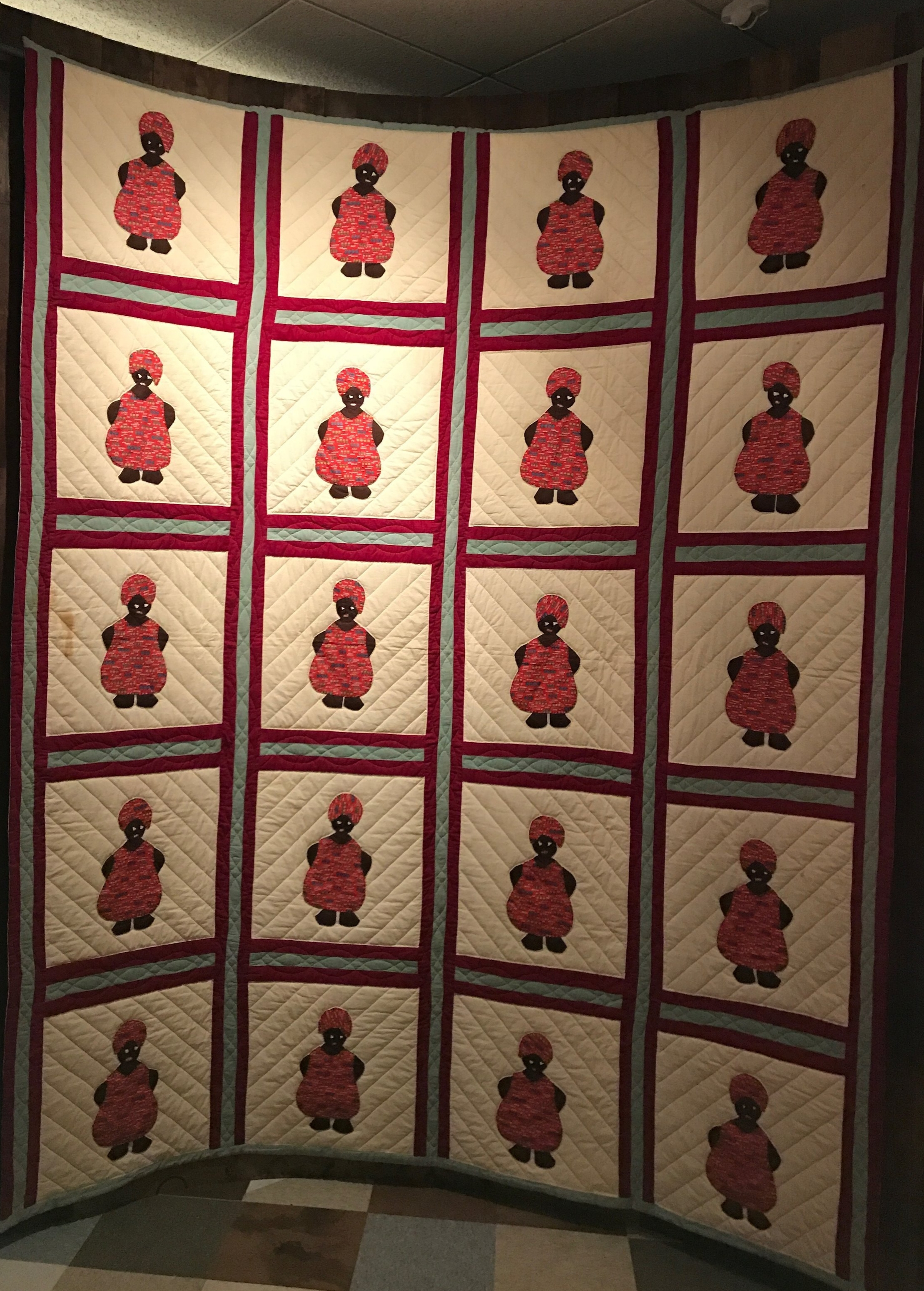 Mammy Quilt, top 1930s, quilting 1981