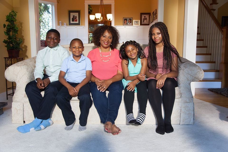 Janelle and her kids