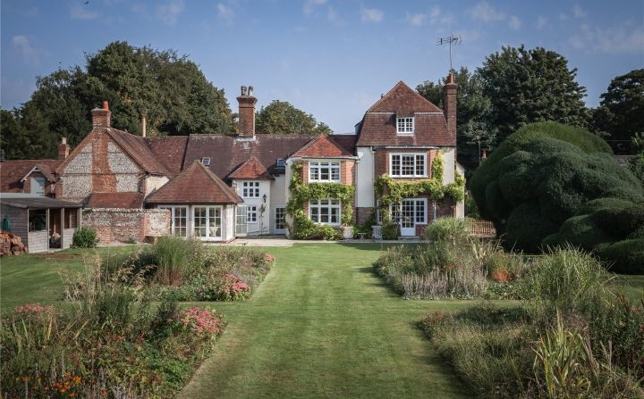 country house search