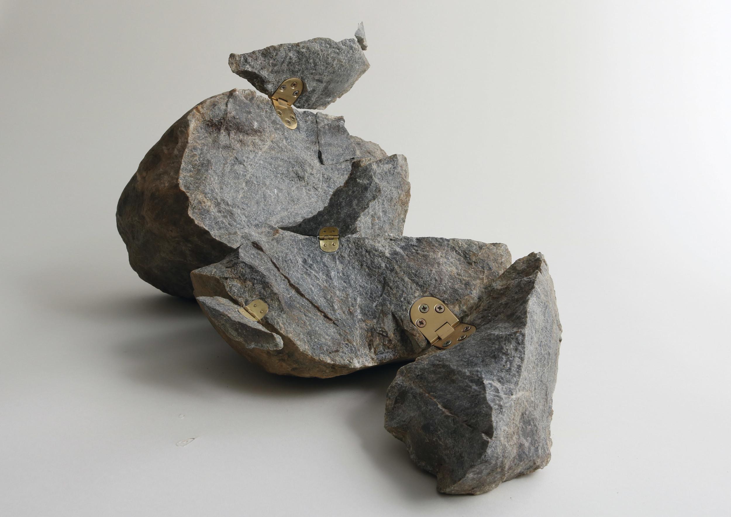 stone03.jpg