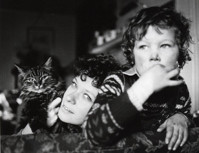 janie simpson cat and son.jpg