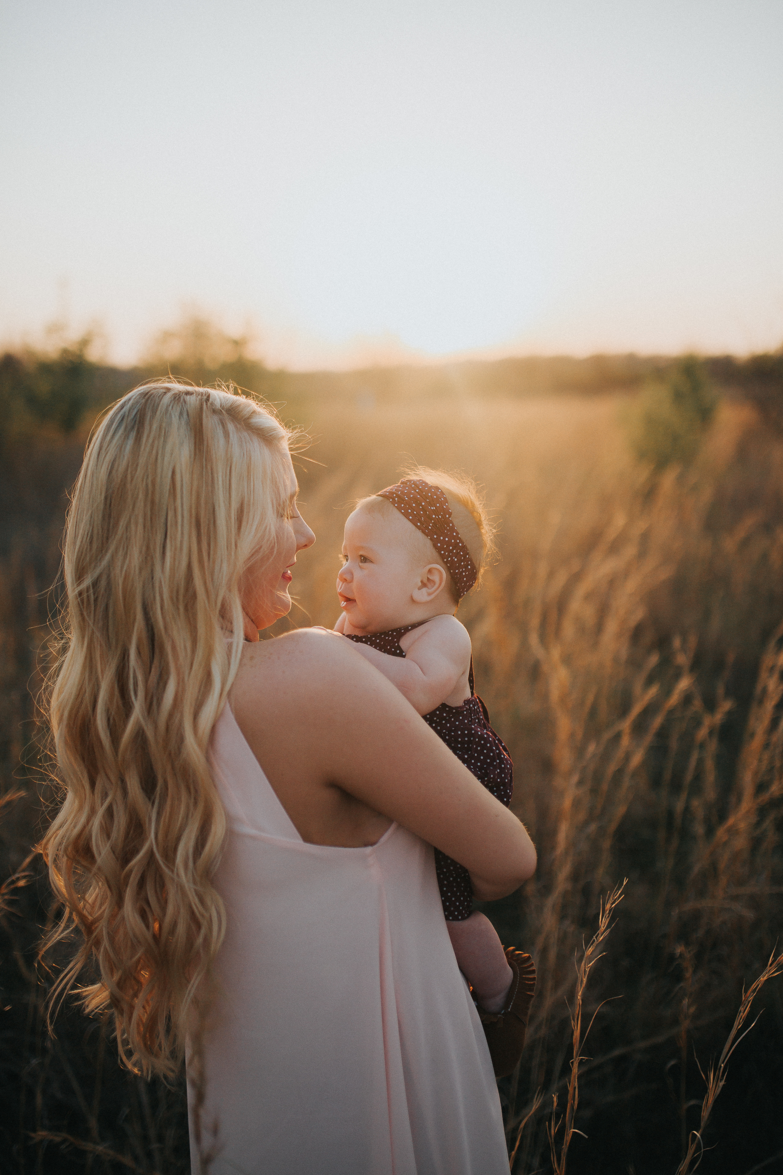 mother-daughter-field