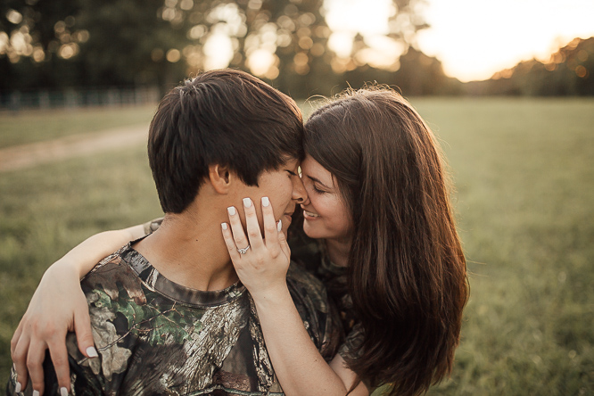 Cassie-Cook-Photography-Memphis-Wedding-Photographer-southern-engagement