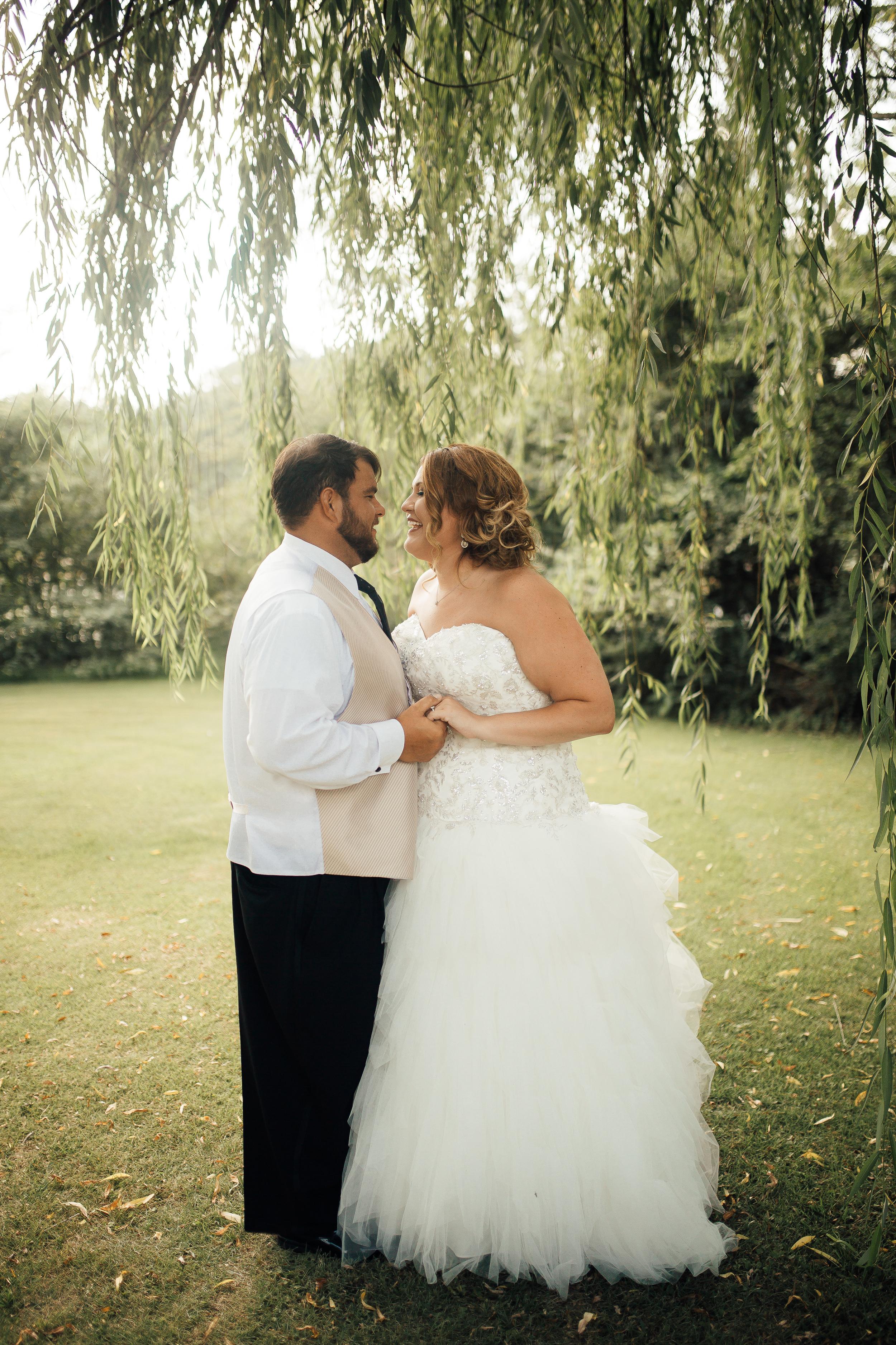 cassie-cook-photography-memphis-wedding-photography-fountain-south-inn