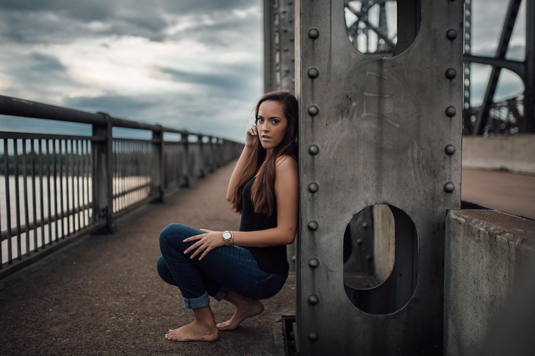 memphis-senior-photographer-hernando-highschool-senior-portraits-downtown-memphis