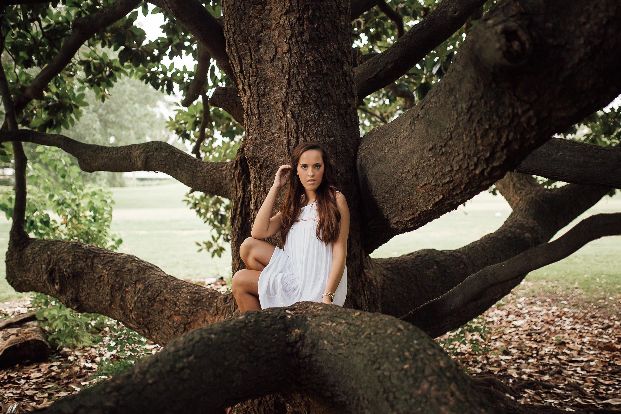 memphis-senior-photographer-hernando-ms-senior-downtown-senior-portraits